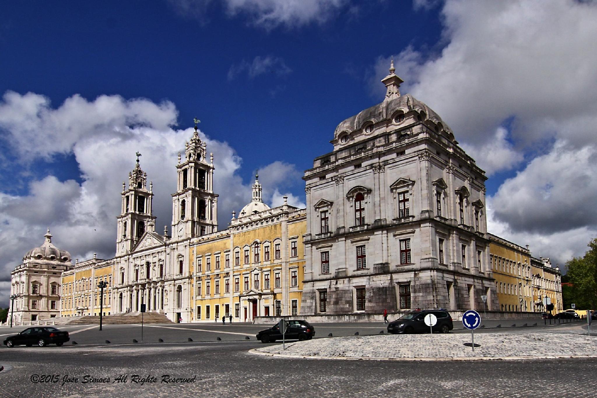 Palácio nacional de Mafra by Jose Simoes
