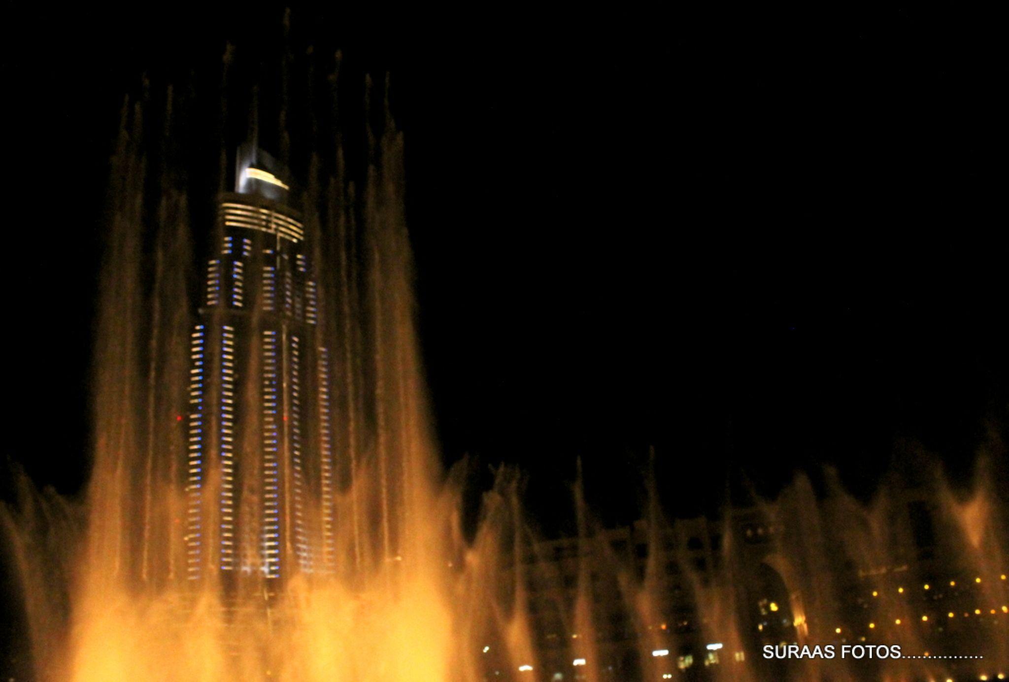 Dancing fountain.......Dubai. by surendran