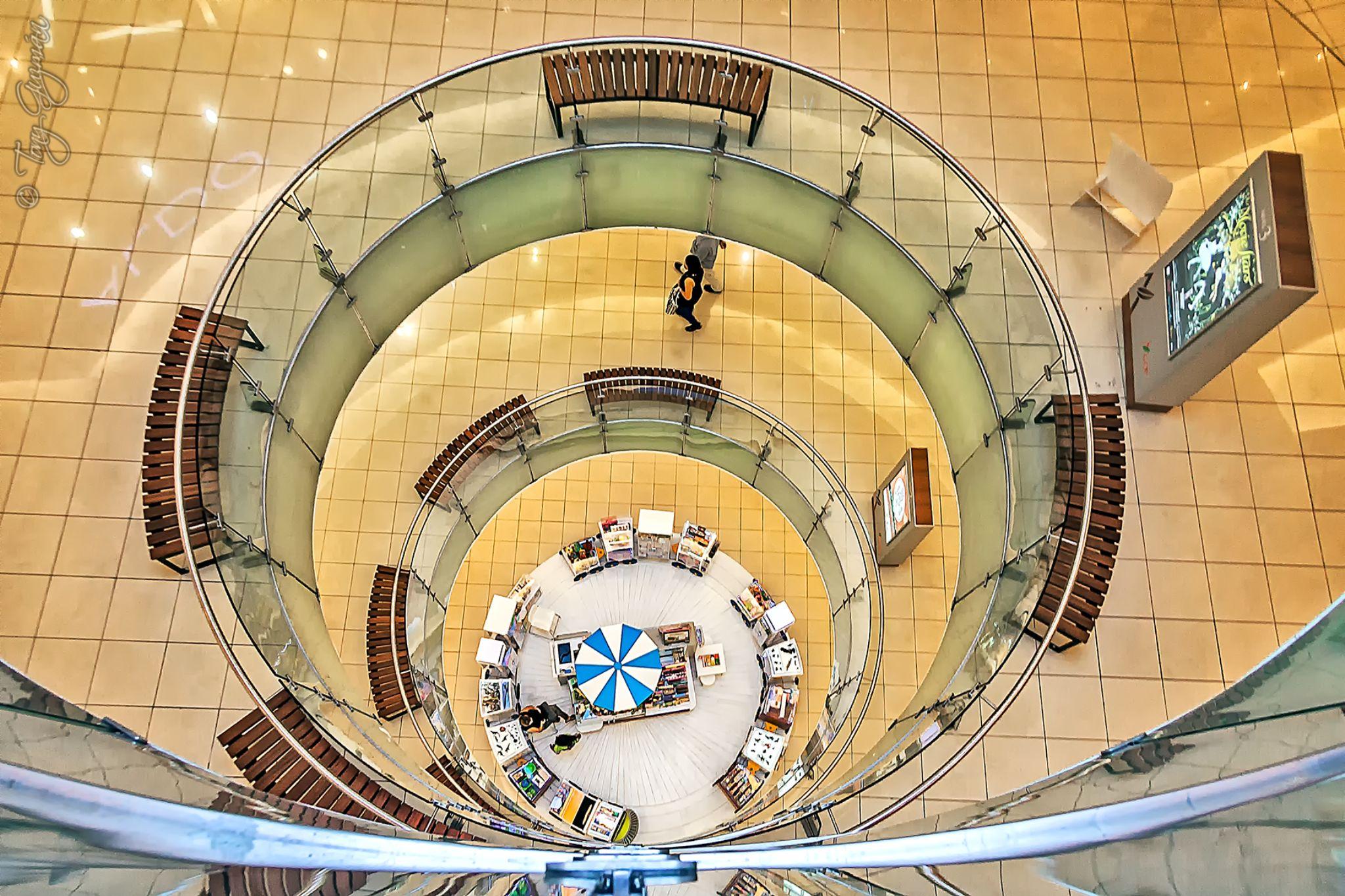 Agora Mall - 2nd Top to bottom by Tony Guzman