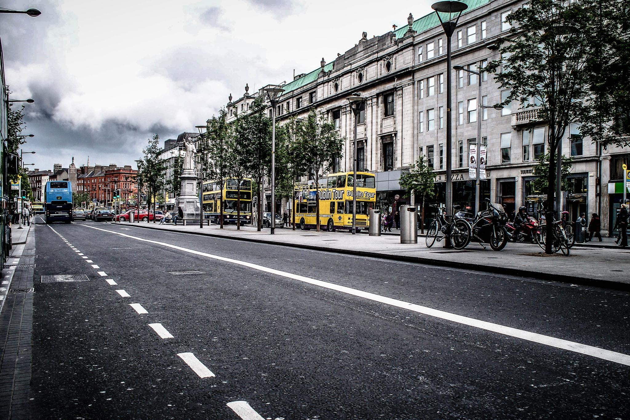 Dublin by photograffer