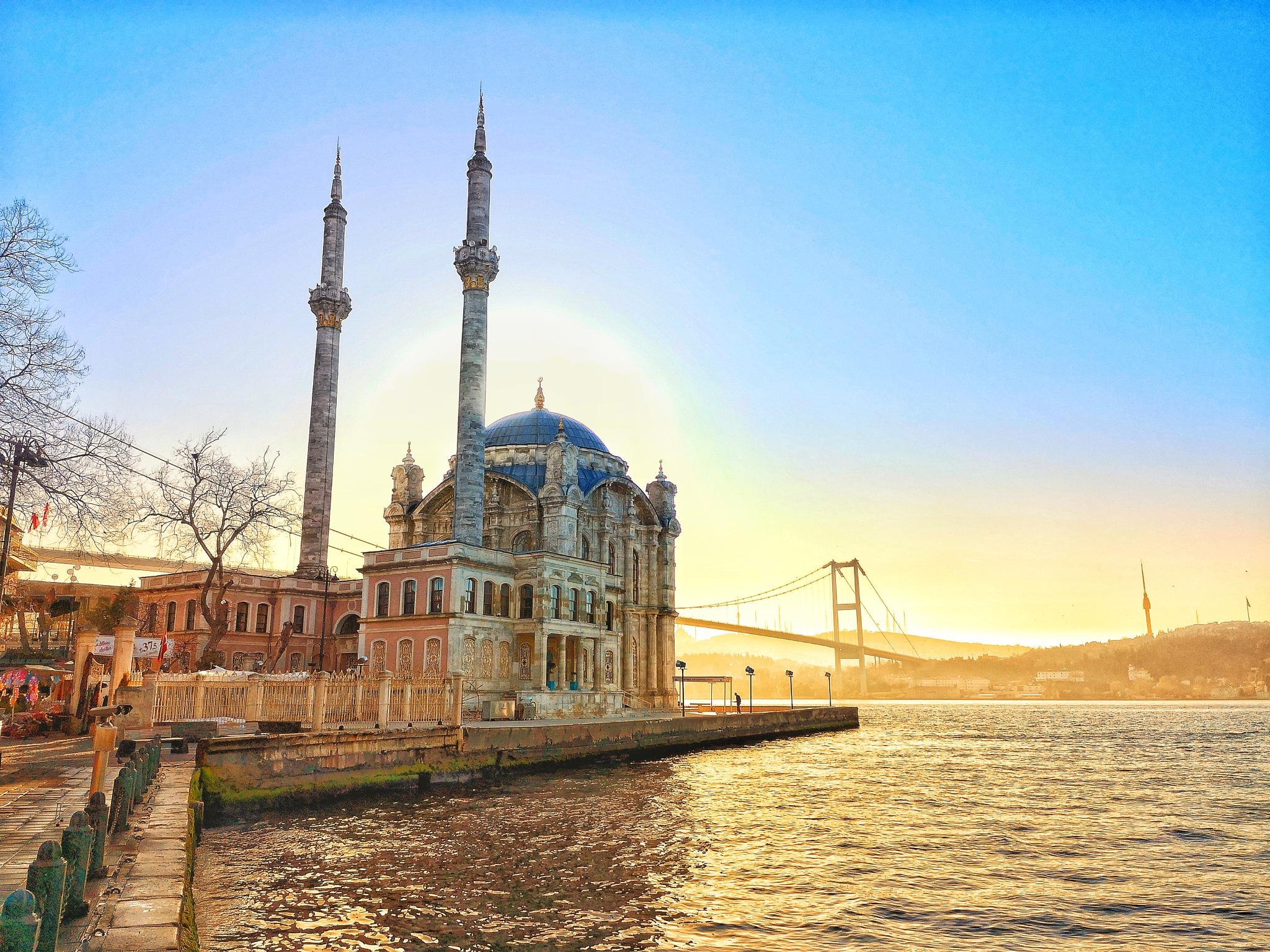 Ortaköy camii  by muratvision