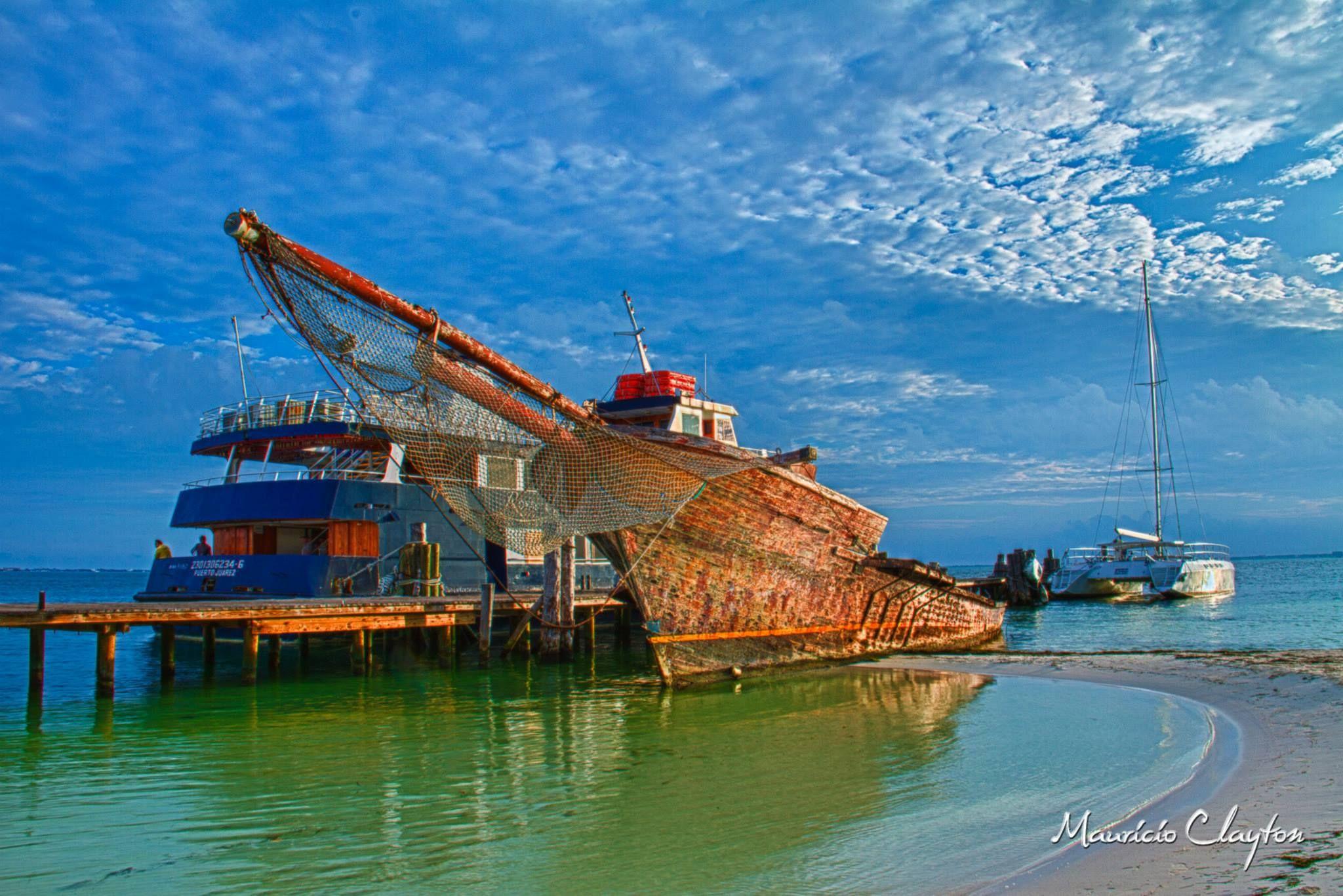 abandoned ship by mauricio.clayton