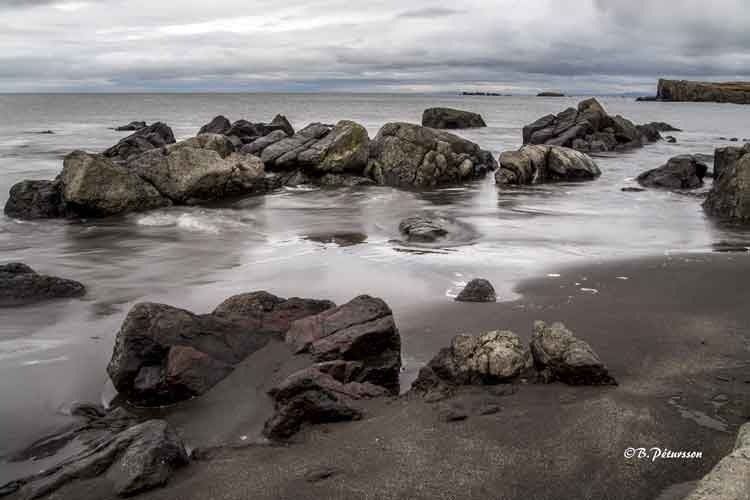 stones in the beach by © B.Pétursson