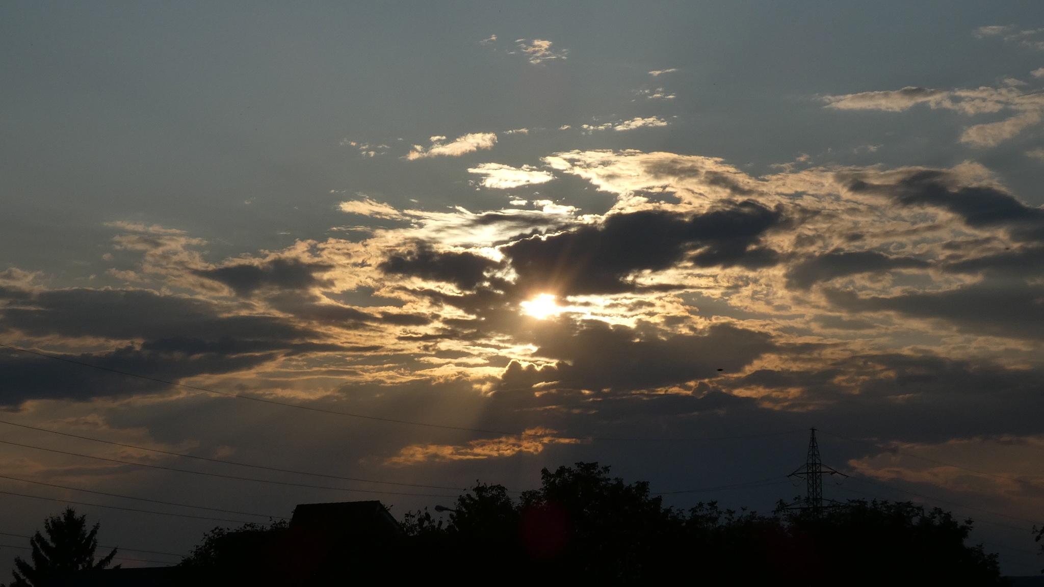 Sunset... by Julian Ciobanu