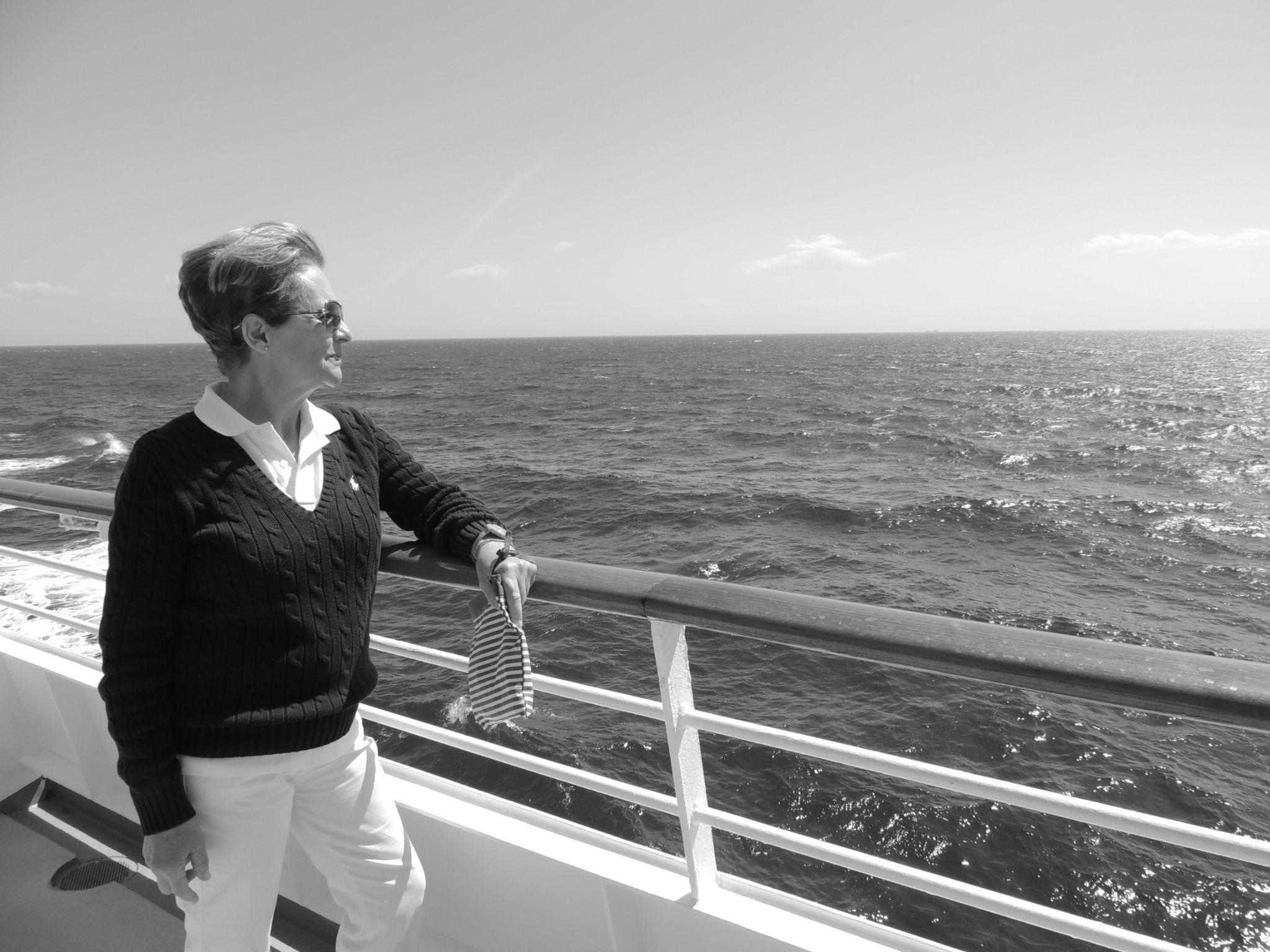 queen of the seas by efrain.tello.37