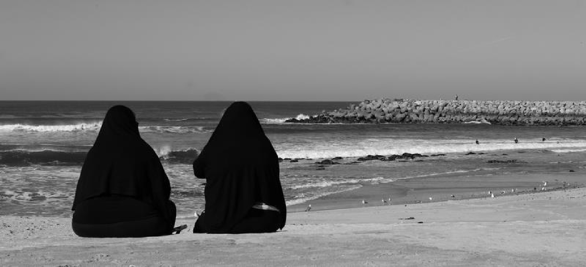 Sea-line by Antero Costa