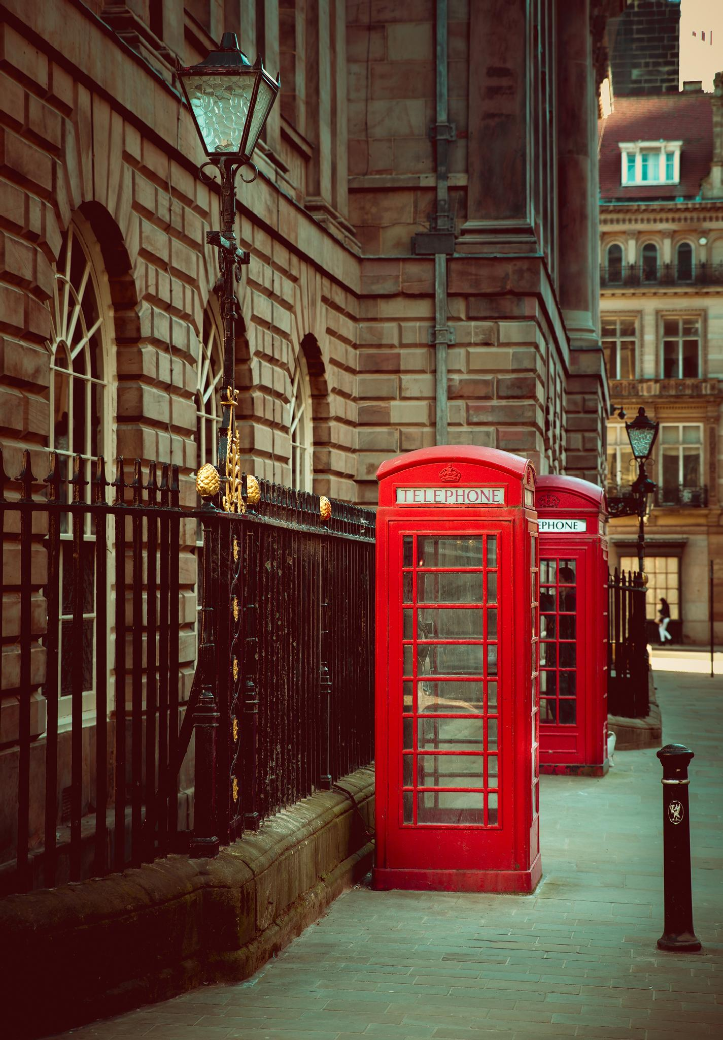 Phone booth in England by ThomasBechtleFotografie