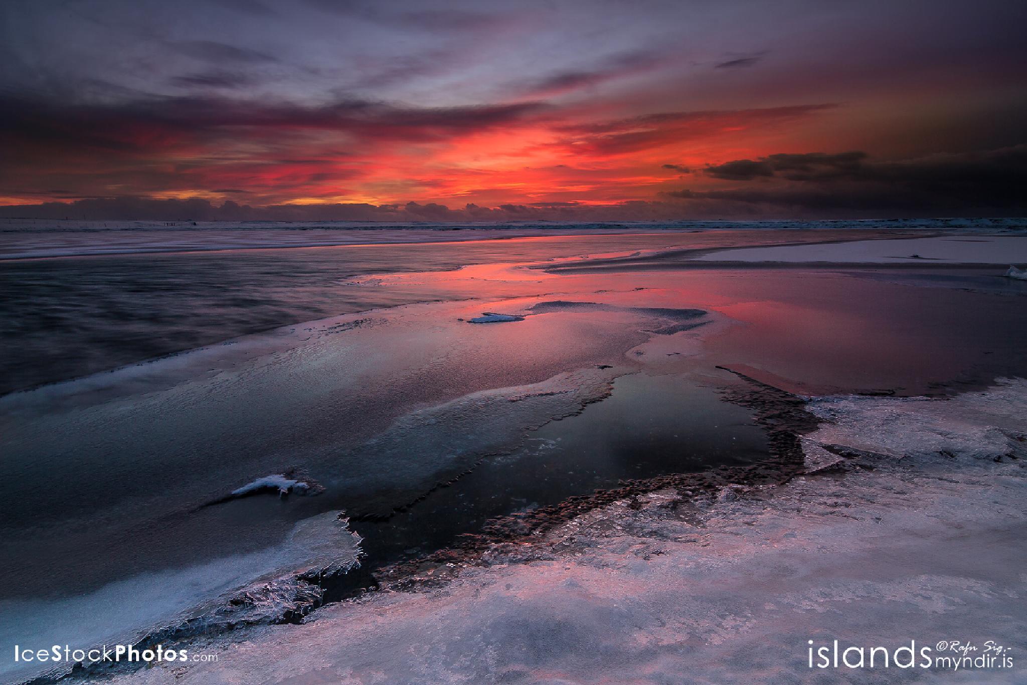 Daybreak - #Iceland by Rafn Sig,-  @ Discover Wild Iceland.com