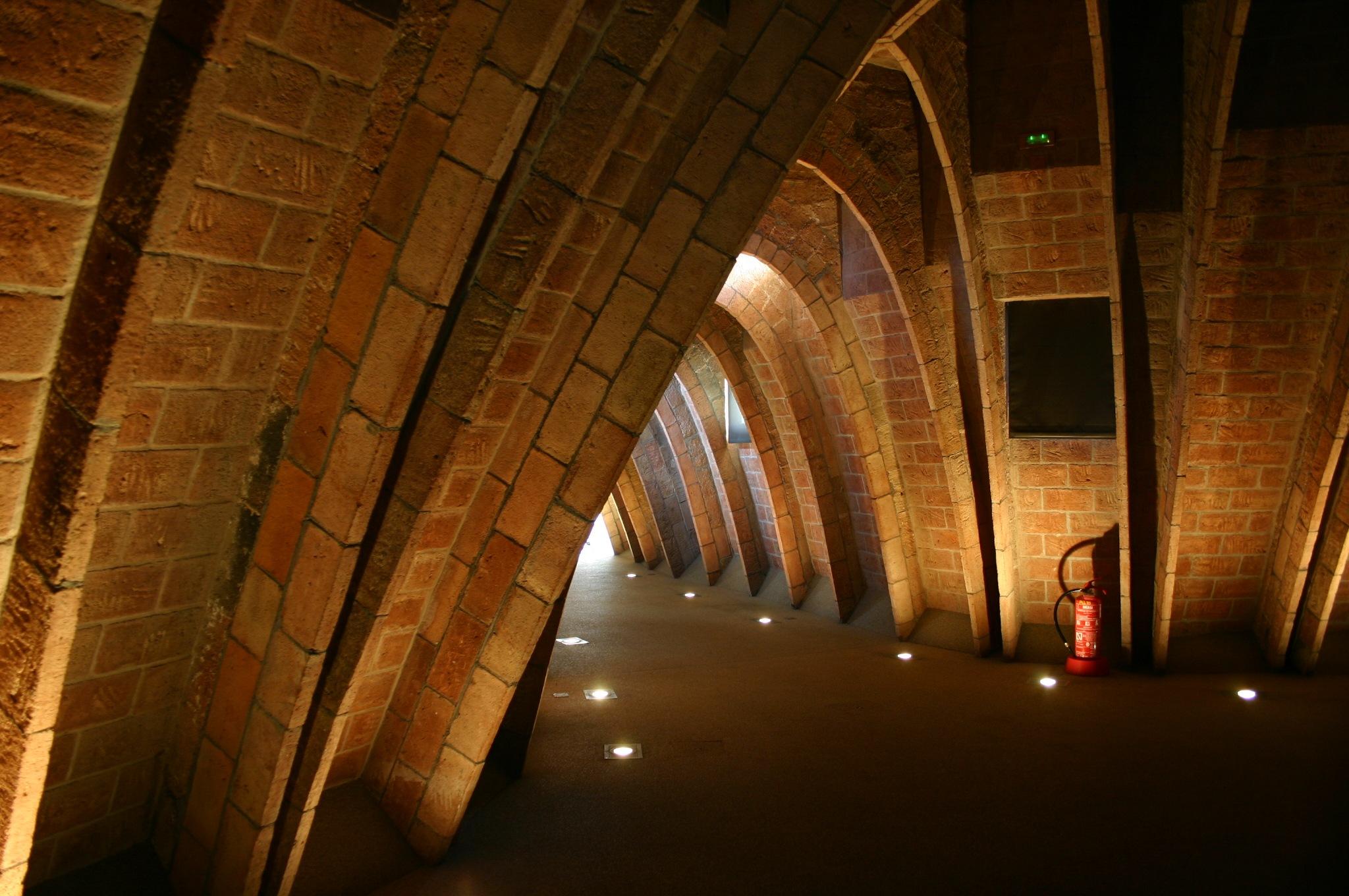 Antoni Gaudí by lanfranco.curi