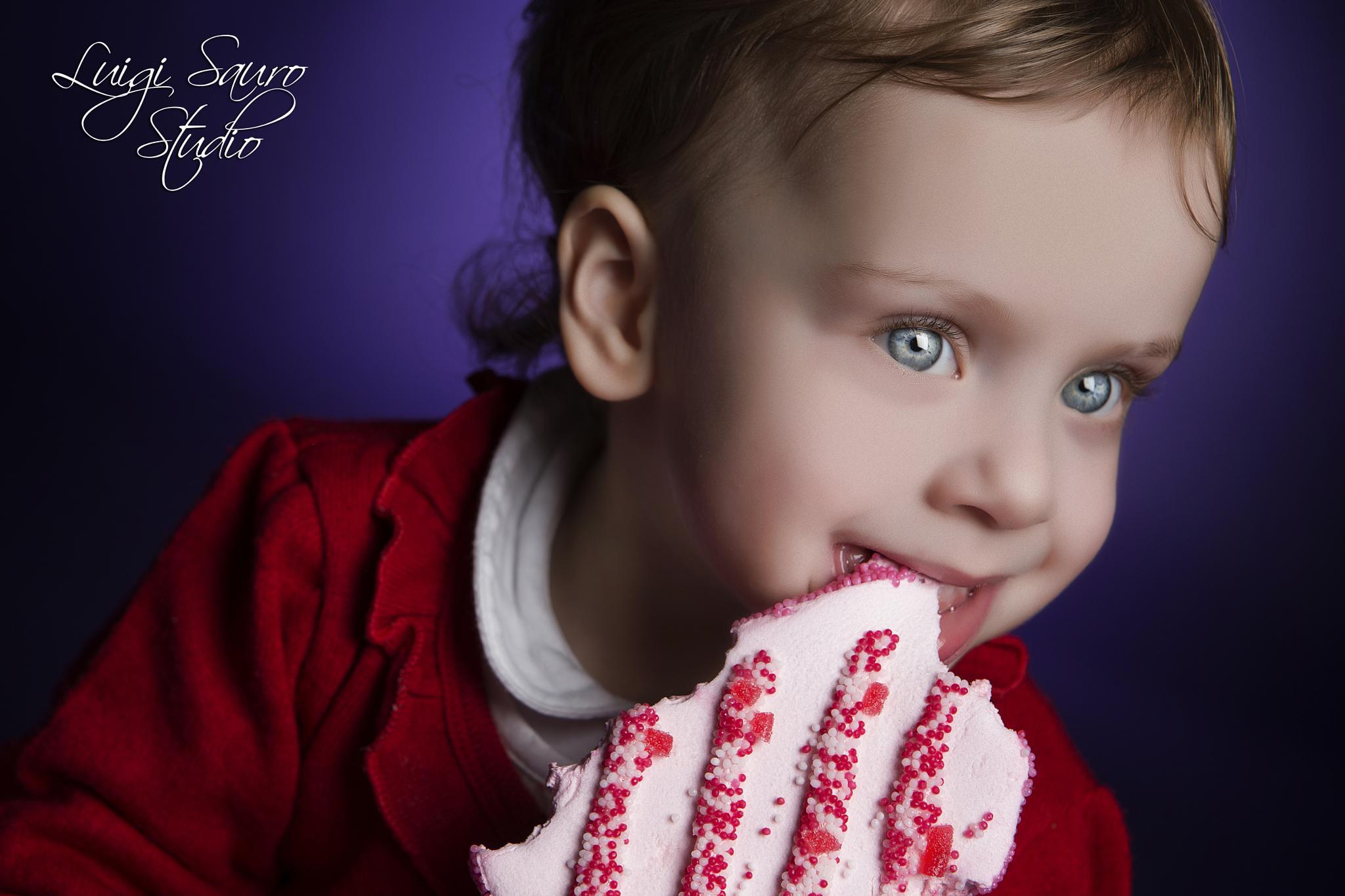 Sofia vs Marshmellow by Luigi Sauro Photographer Studio