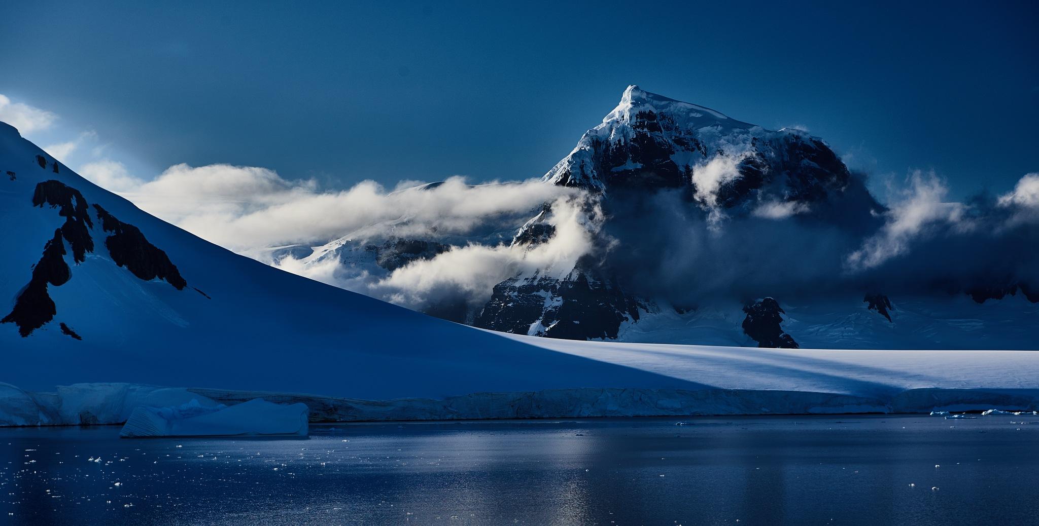Luigi Peak, Wiencke Island by Roland W. Kunz