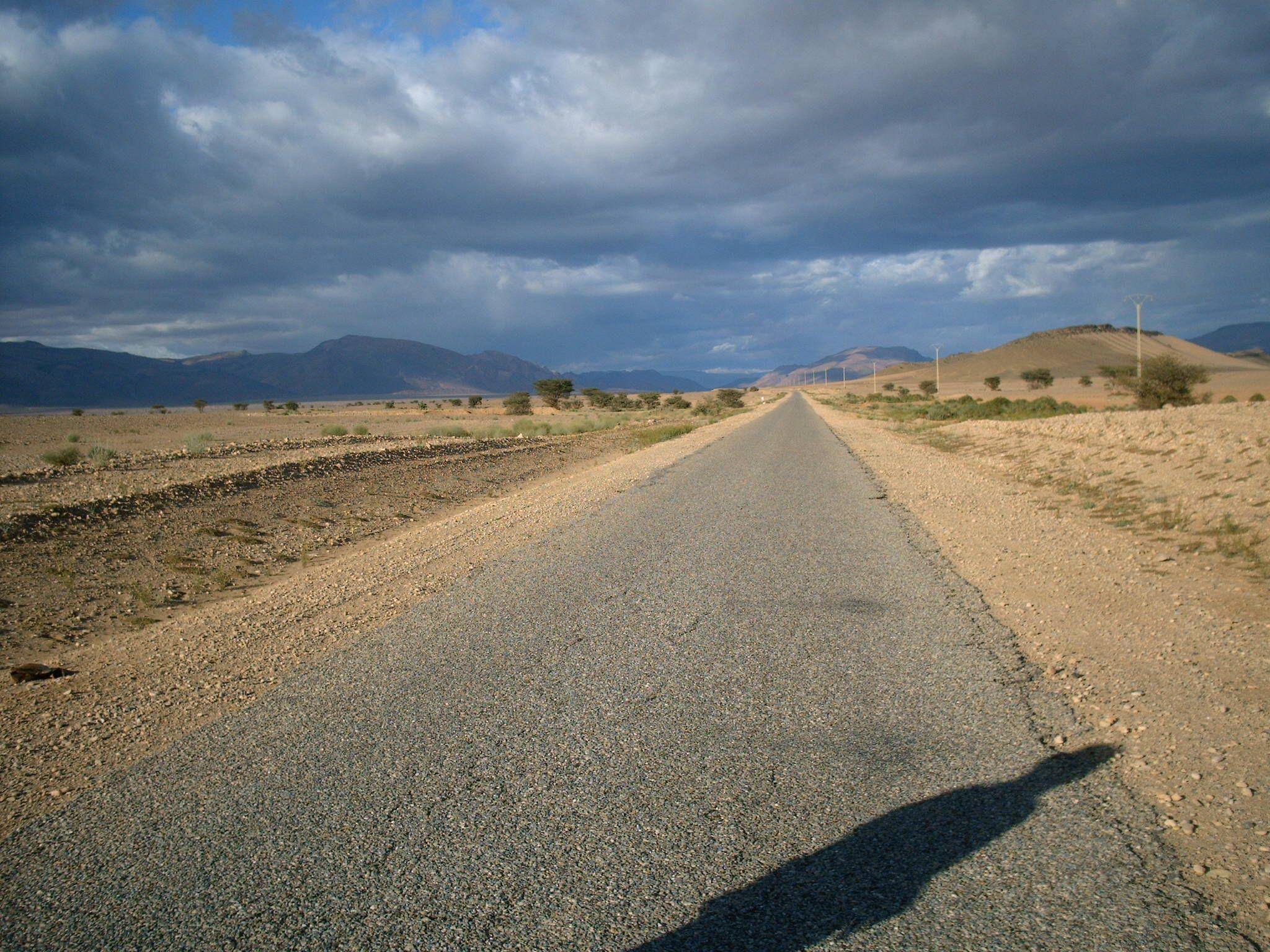 Road to akka oasis by harouib