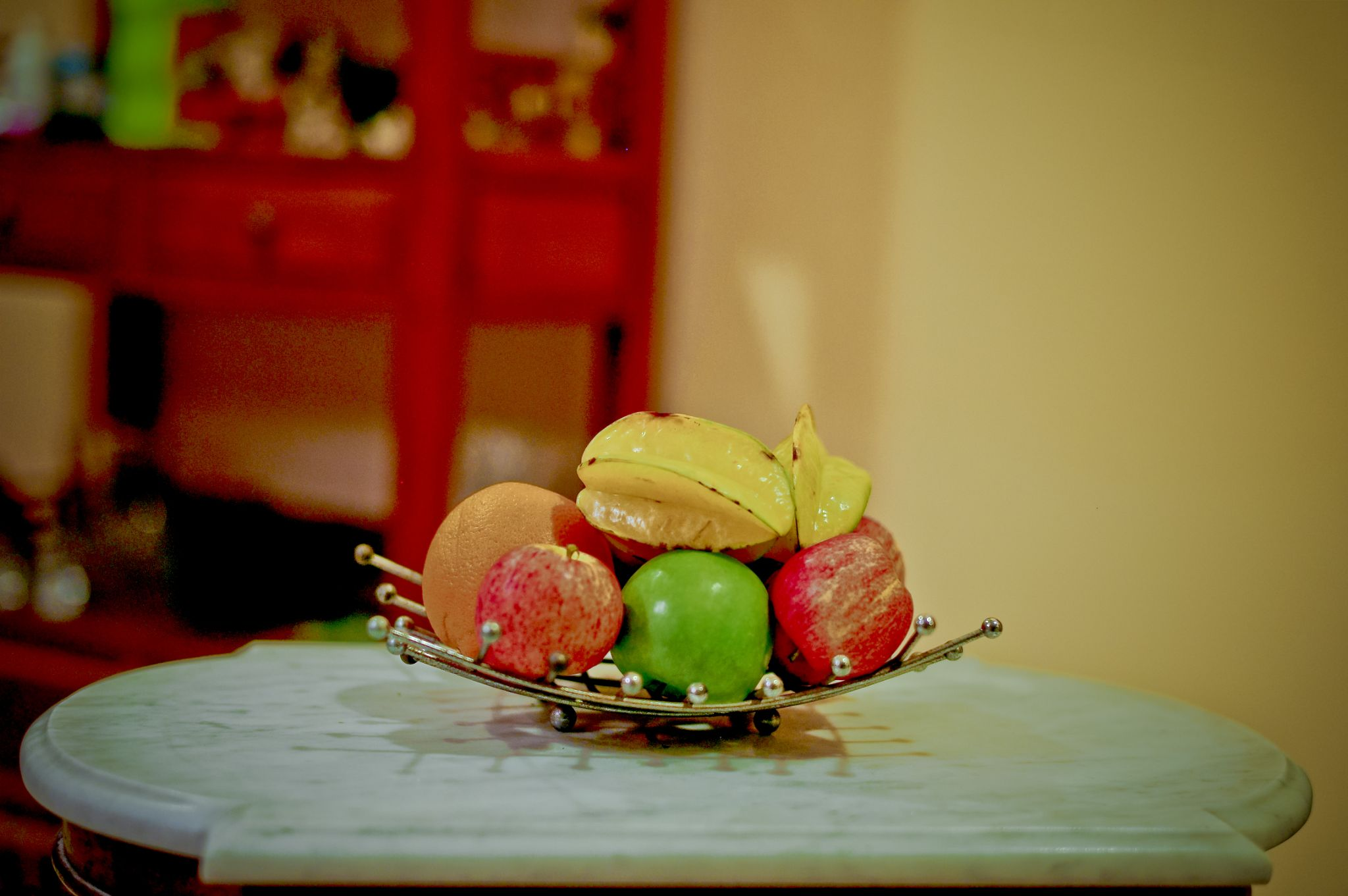 Still life - fruits by Victor Kam