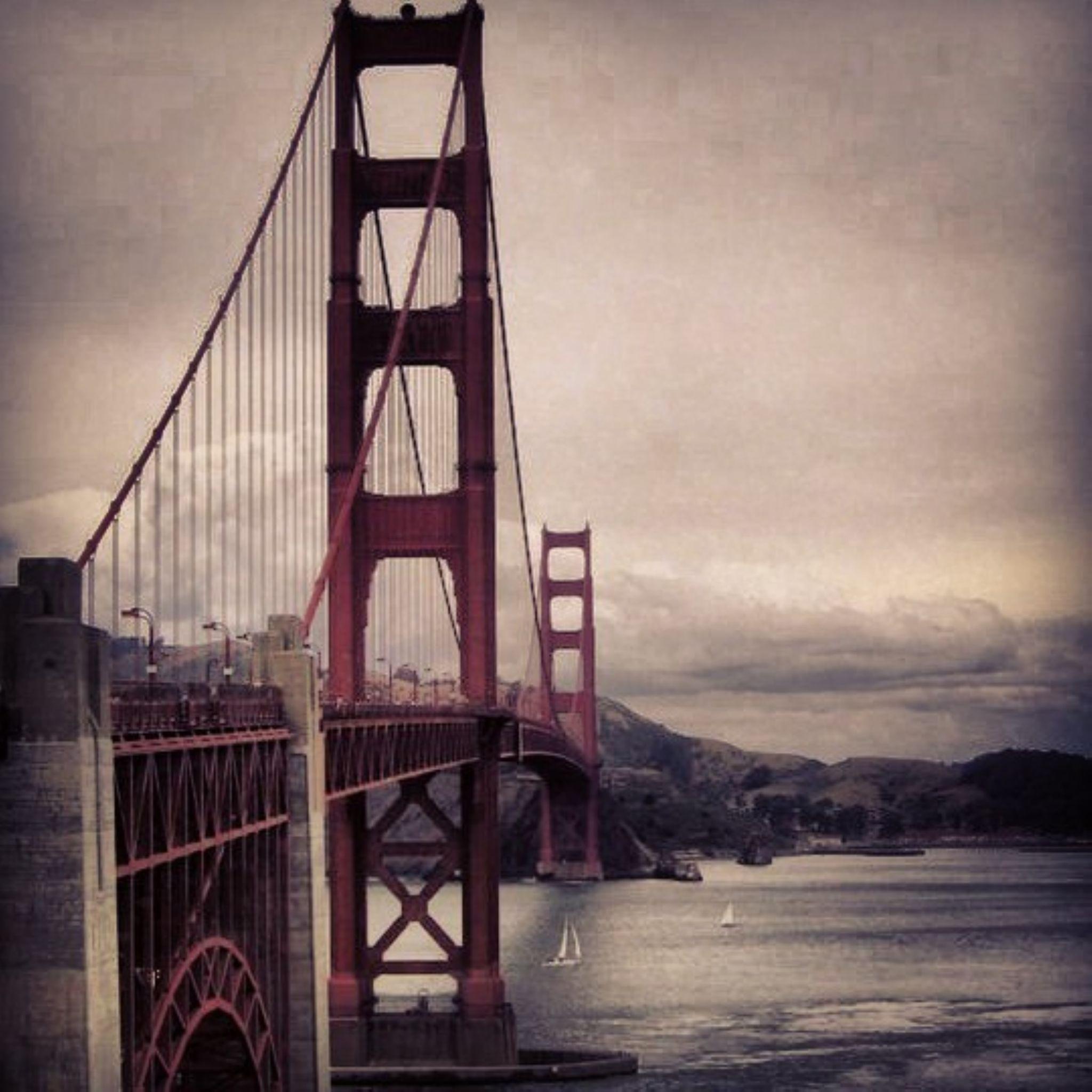 Golden Gate by sandyleinnr