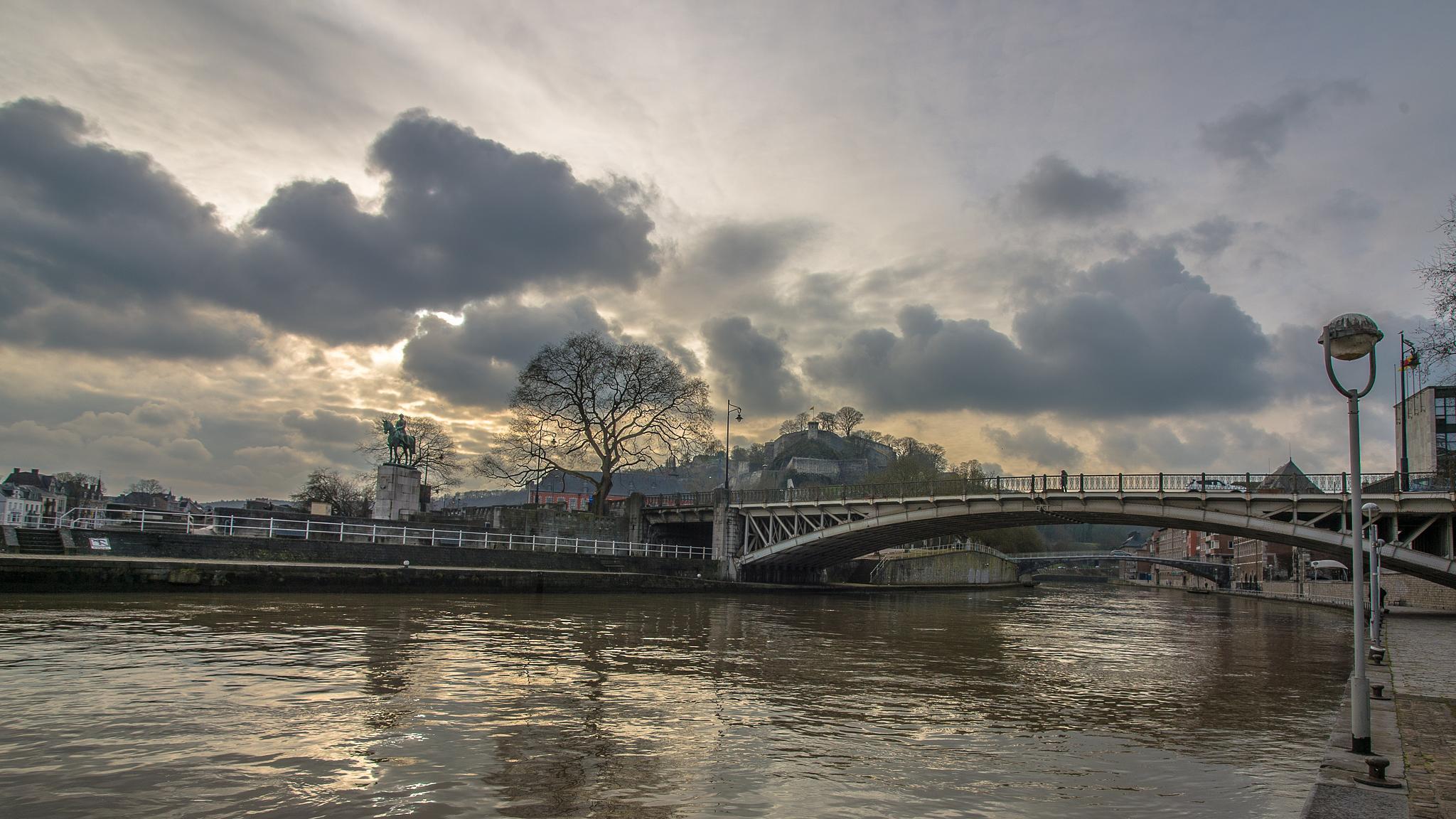 Namur by Jean-Marc Schneider