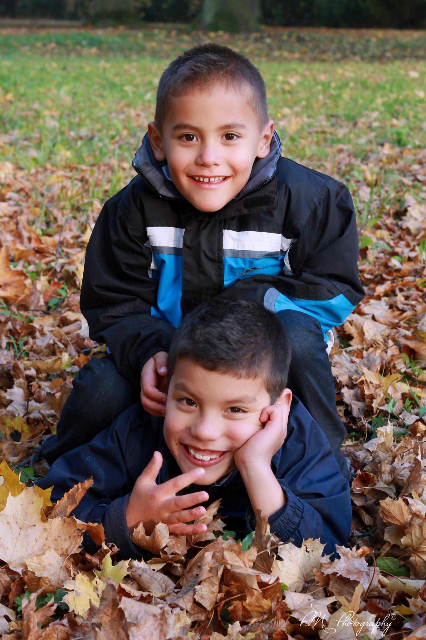 Anthony&Oliver by Pajusa
