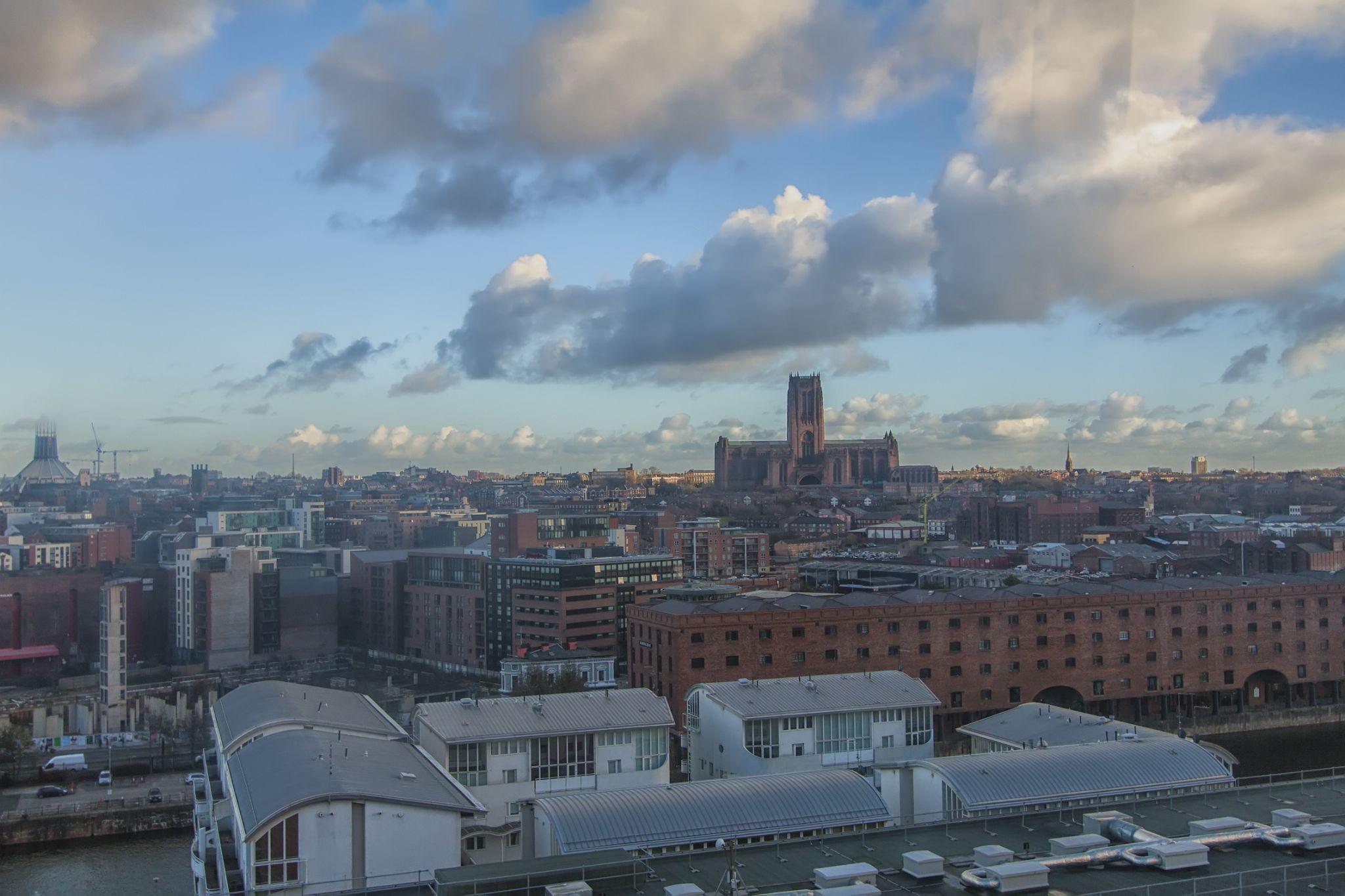 Liverpool, UK by grzegorzbuchaczart