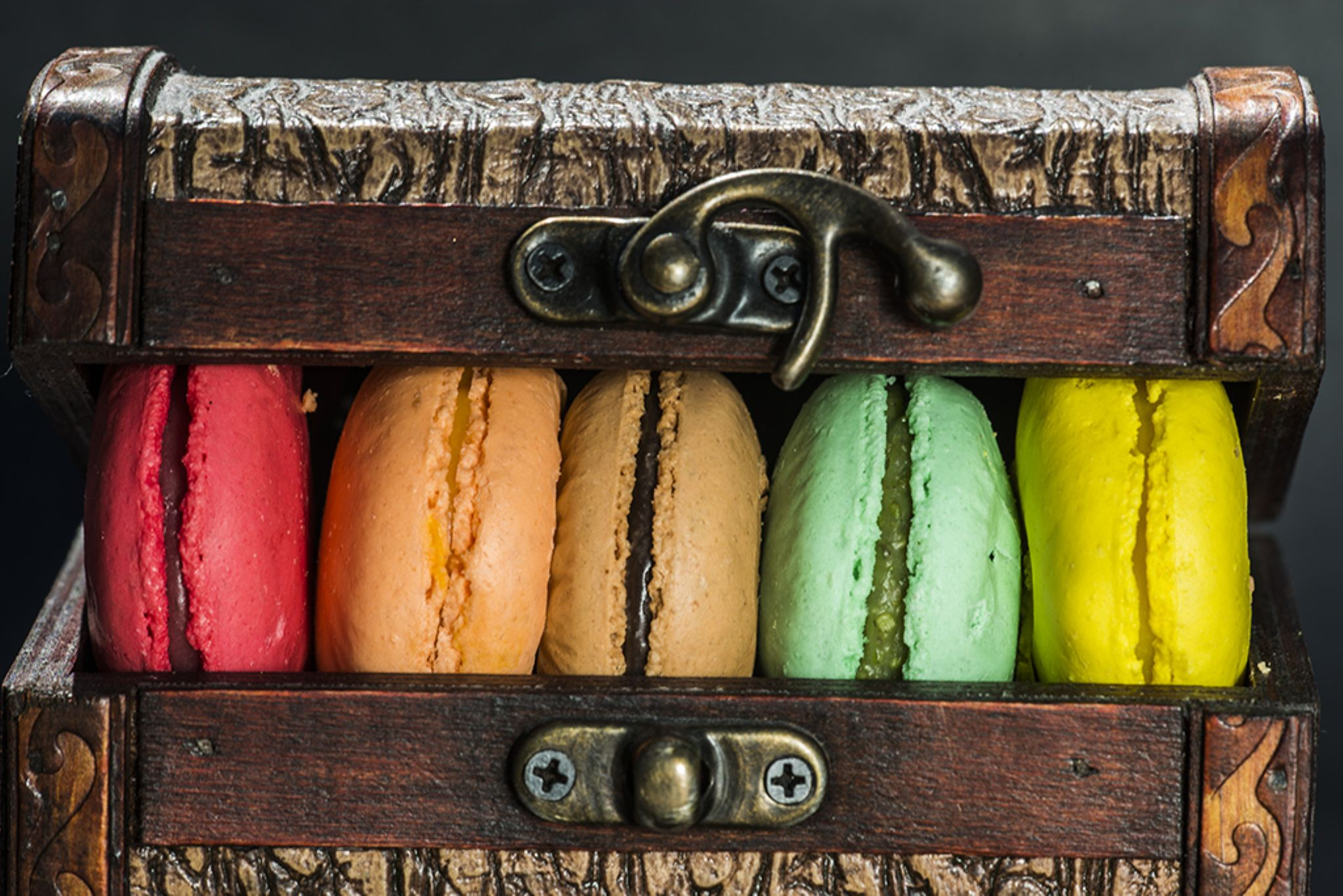 macaron cookies by mustafaozdemirphotography