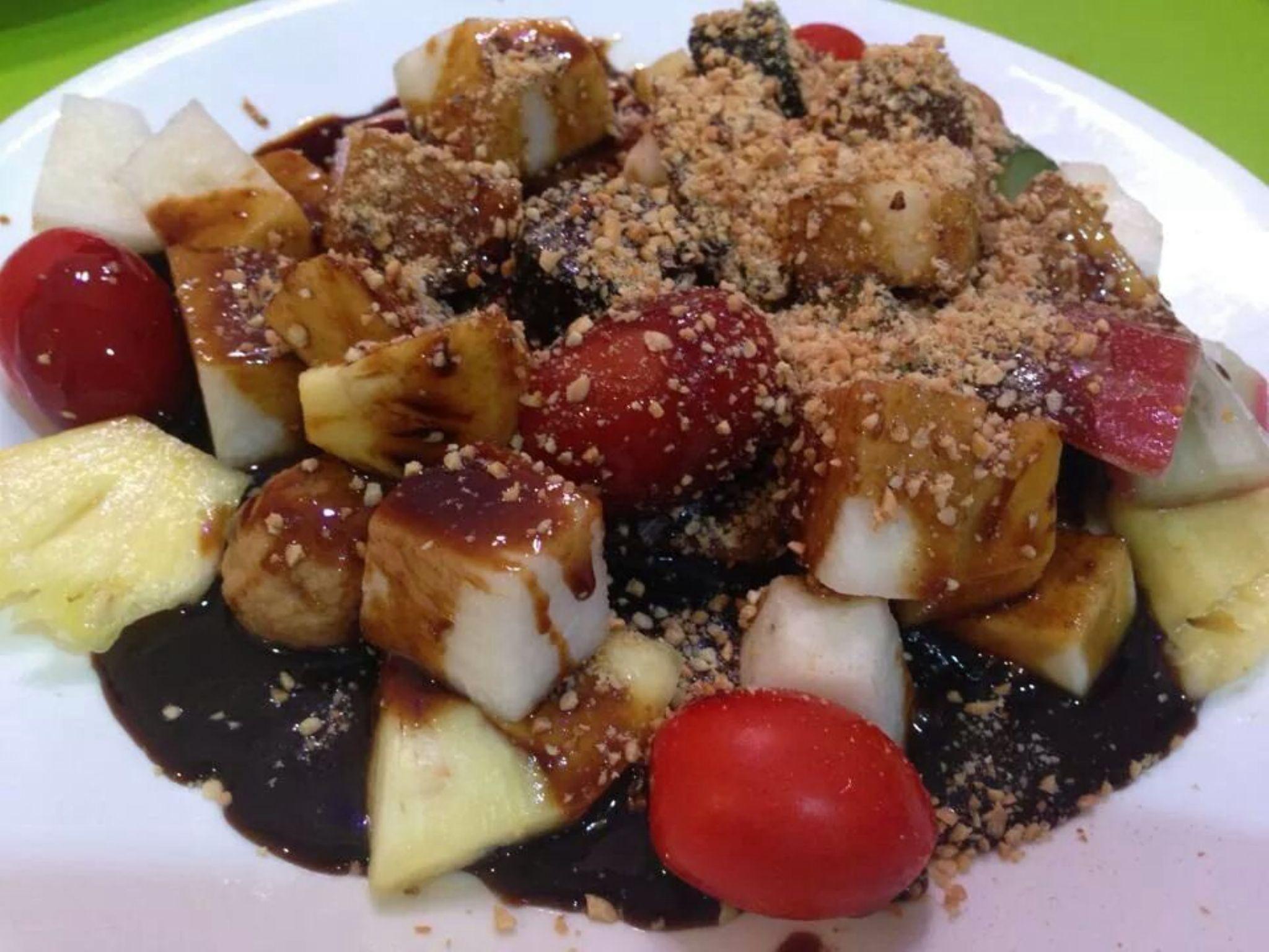 Rojak - A Malaysian Salad by stefnigel