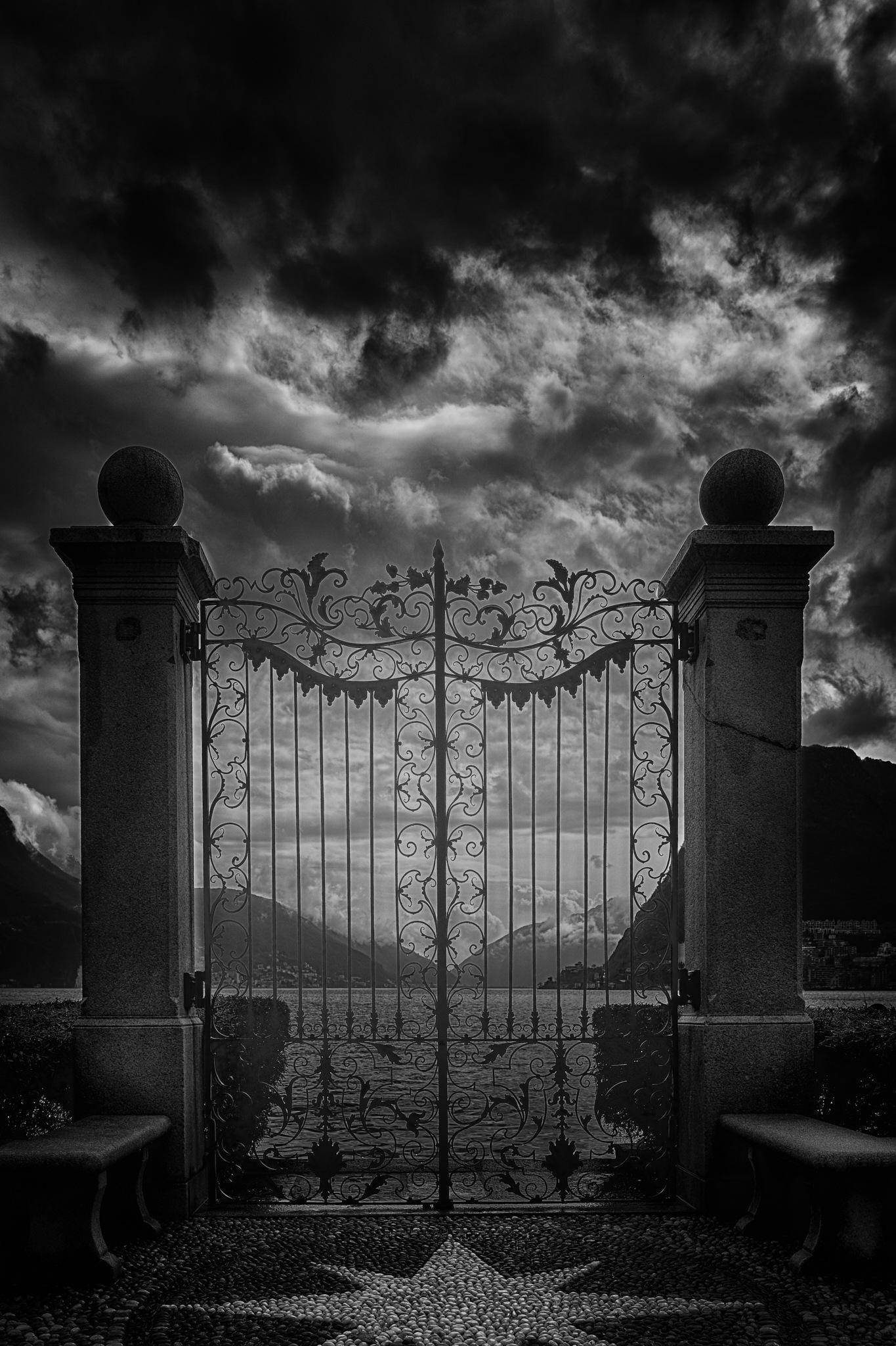 Heaven's Gate  by chris-ruefli-photography.com