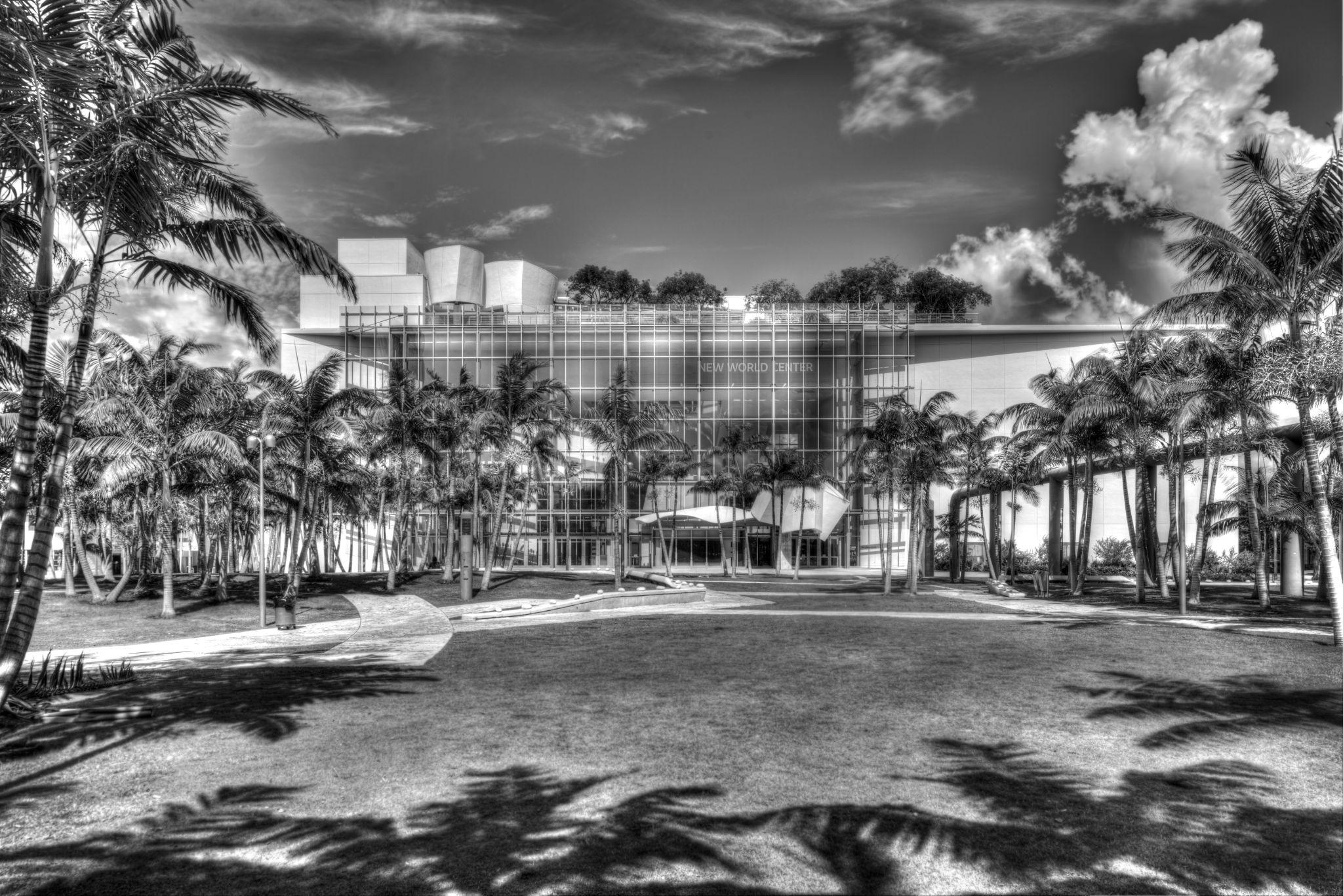 Opera House, Miami Beach by Bosko Ris
