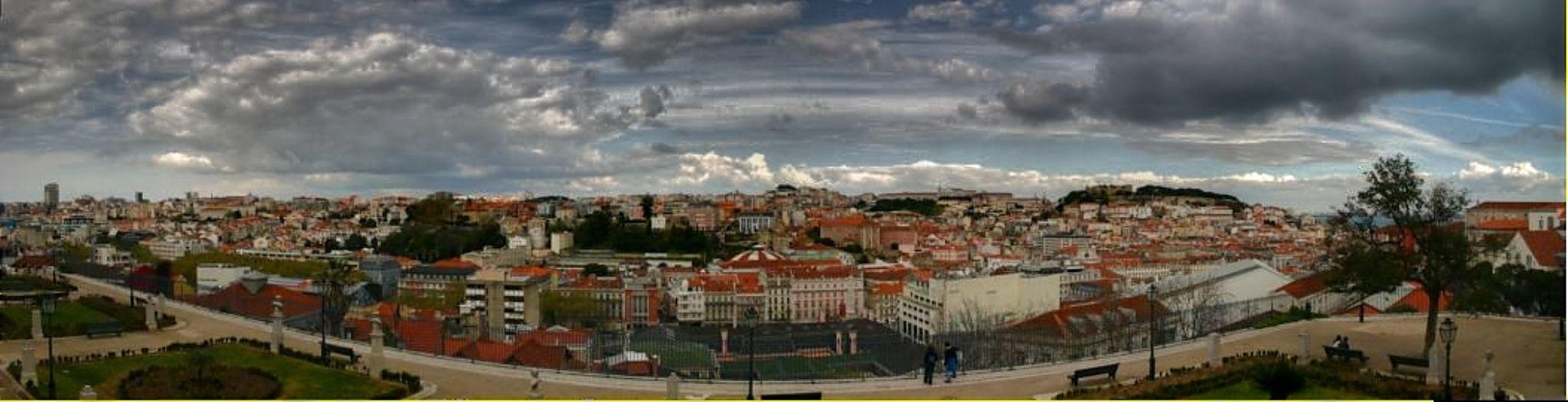 Lisbon  by Ricardo Santos