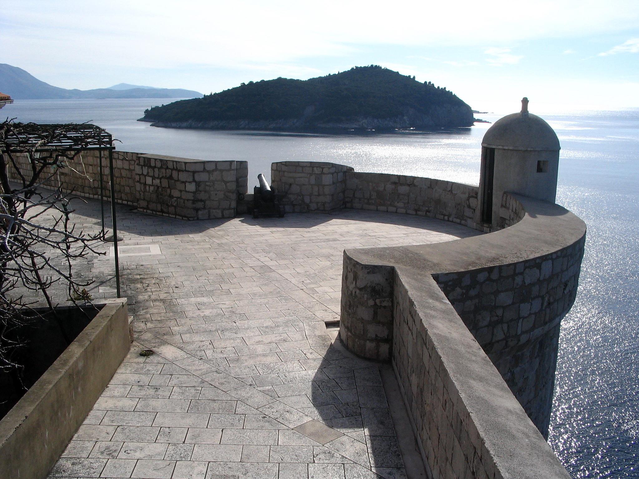 City walls. Dubrovnik Croatia. by ZdravkoRadovnikovic