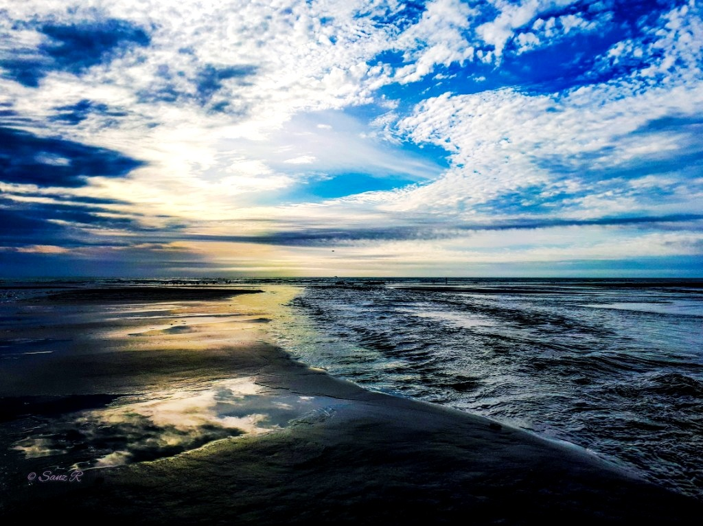 Sea and sky by sanz r