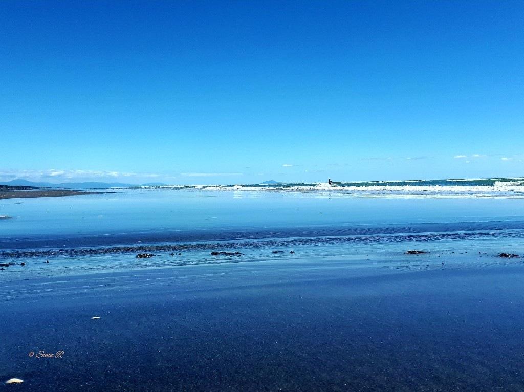 Beach blue by sanz r