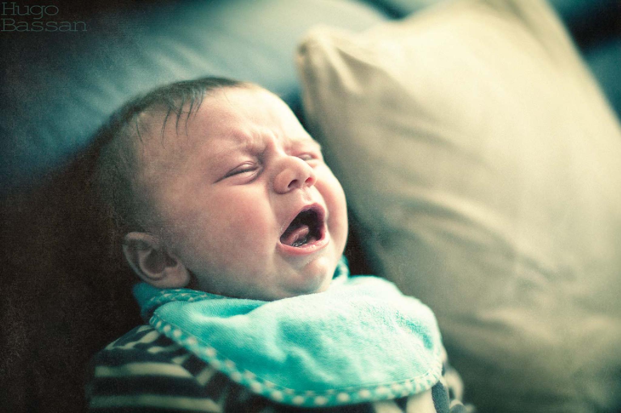 Angry baby by Hugo Bassan