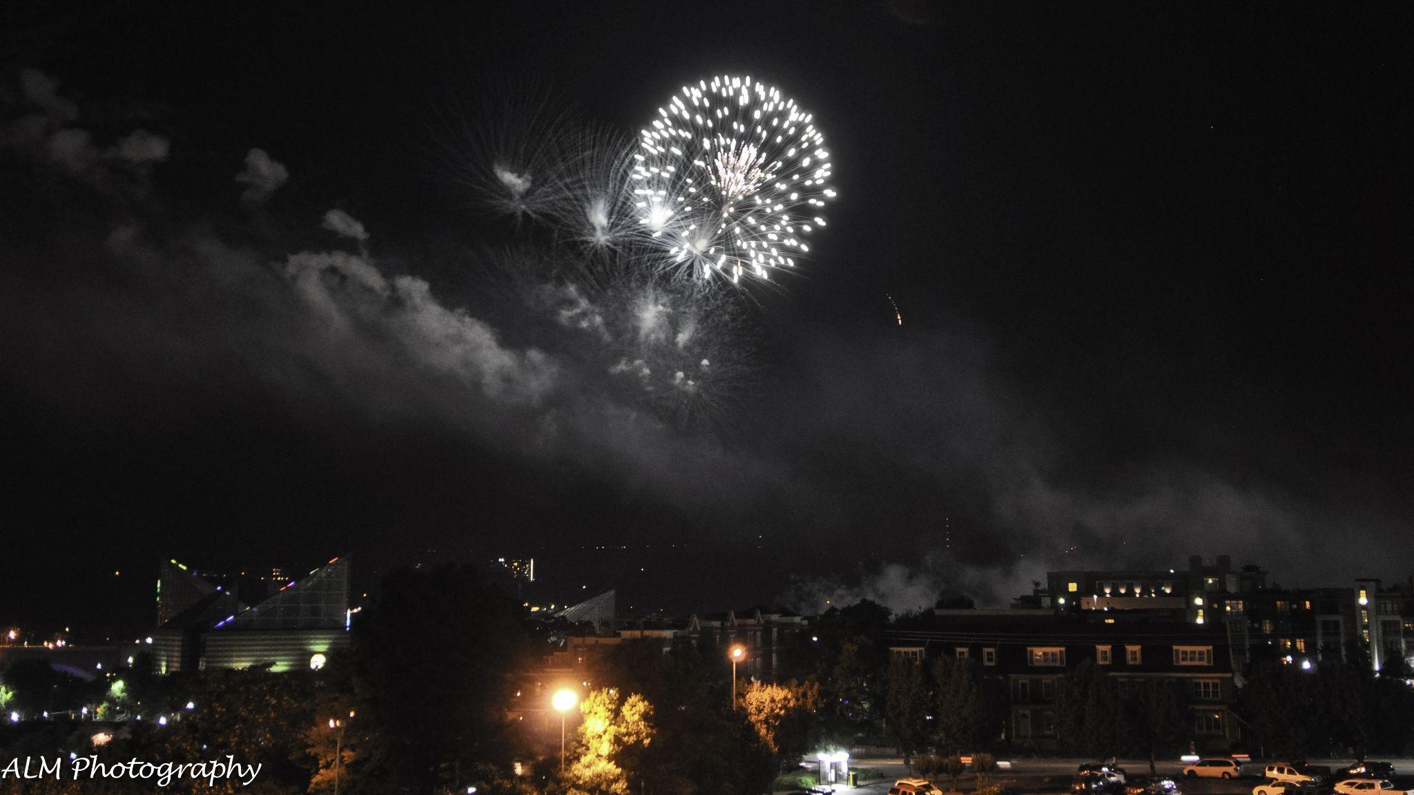 Riverbend Fireworks 2014 - DSC_0655 by adamlmassey