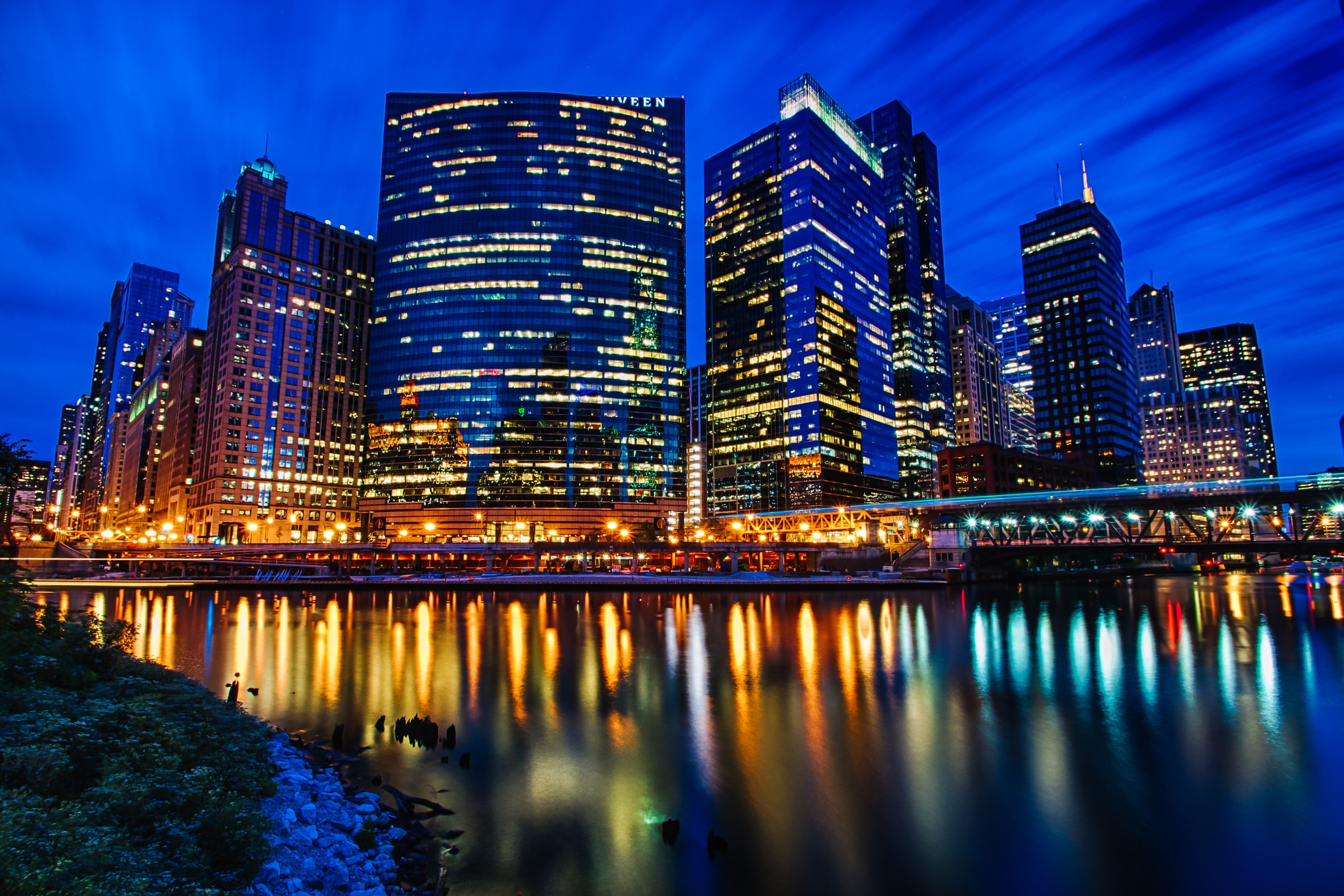 Night brilliance at Wolf Point by Raf Winterpacht