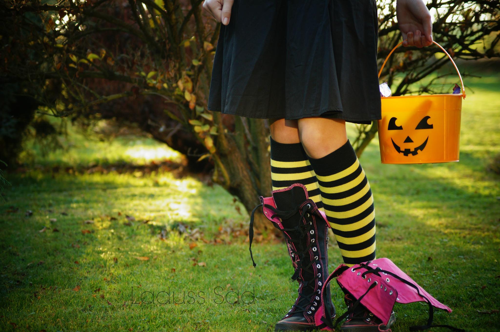 Halloween is coming.. by MrsCrosby_Torres