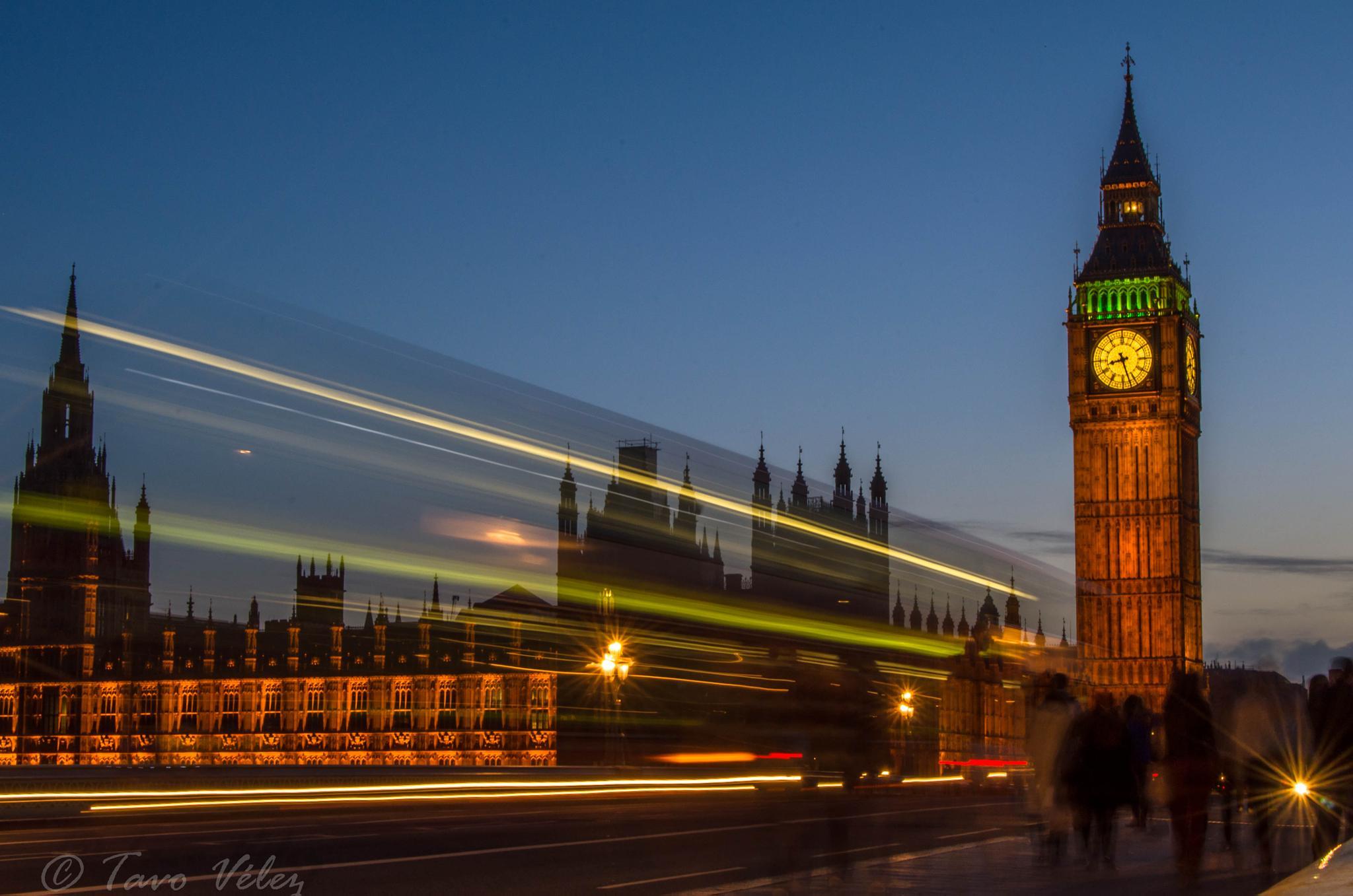 Big Ben by Tavo