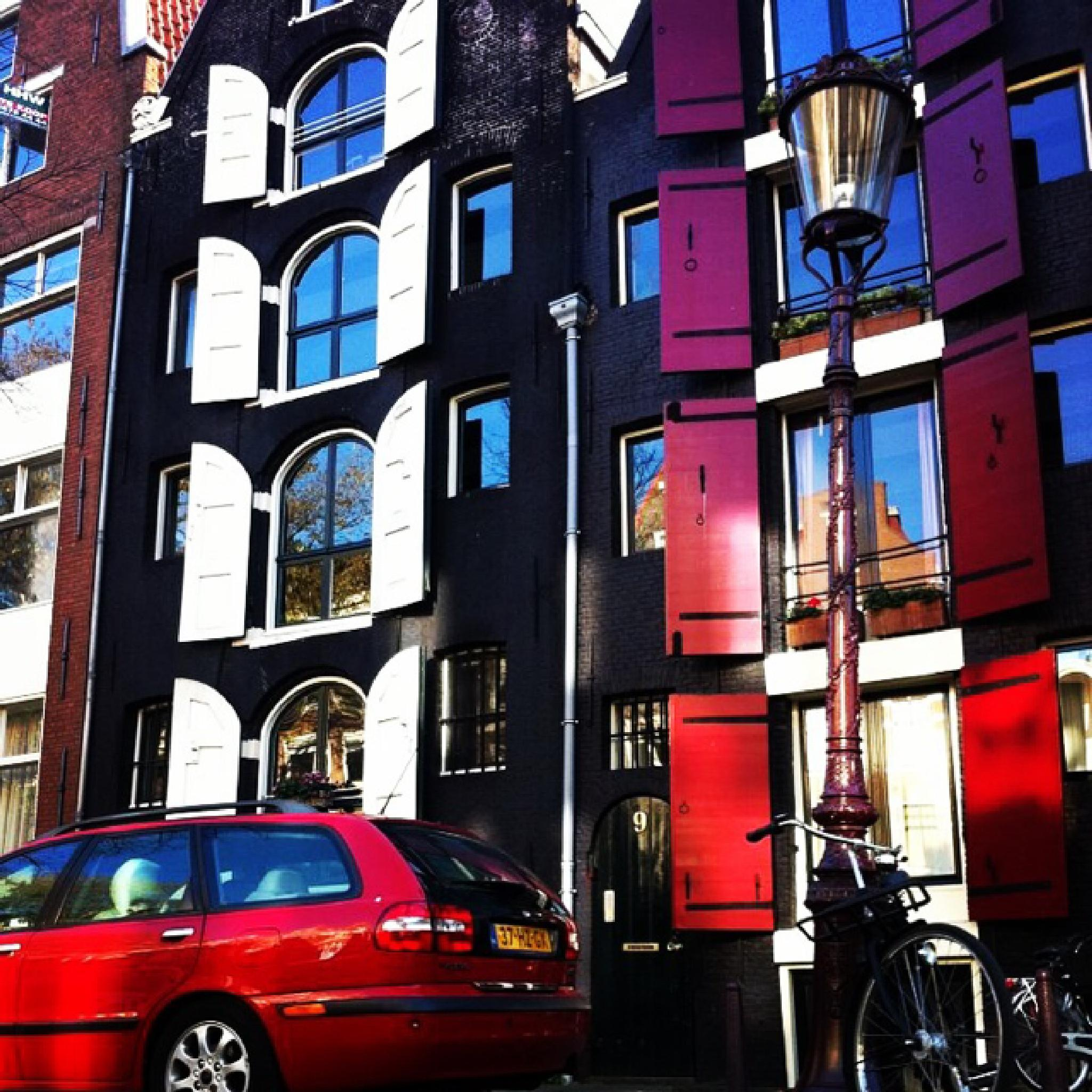 Amsterdam windows  by Nadia Landgren