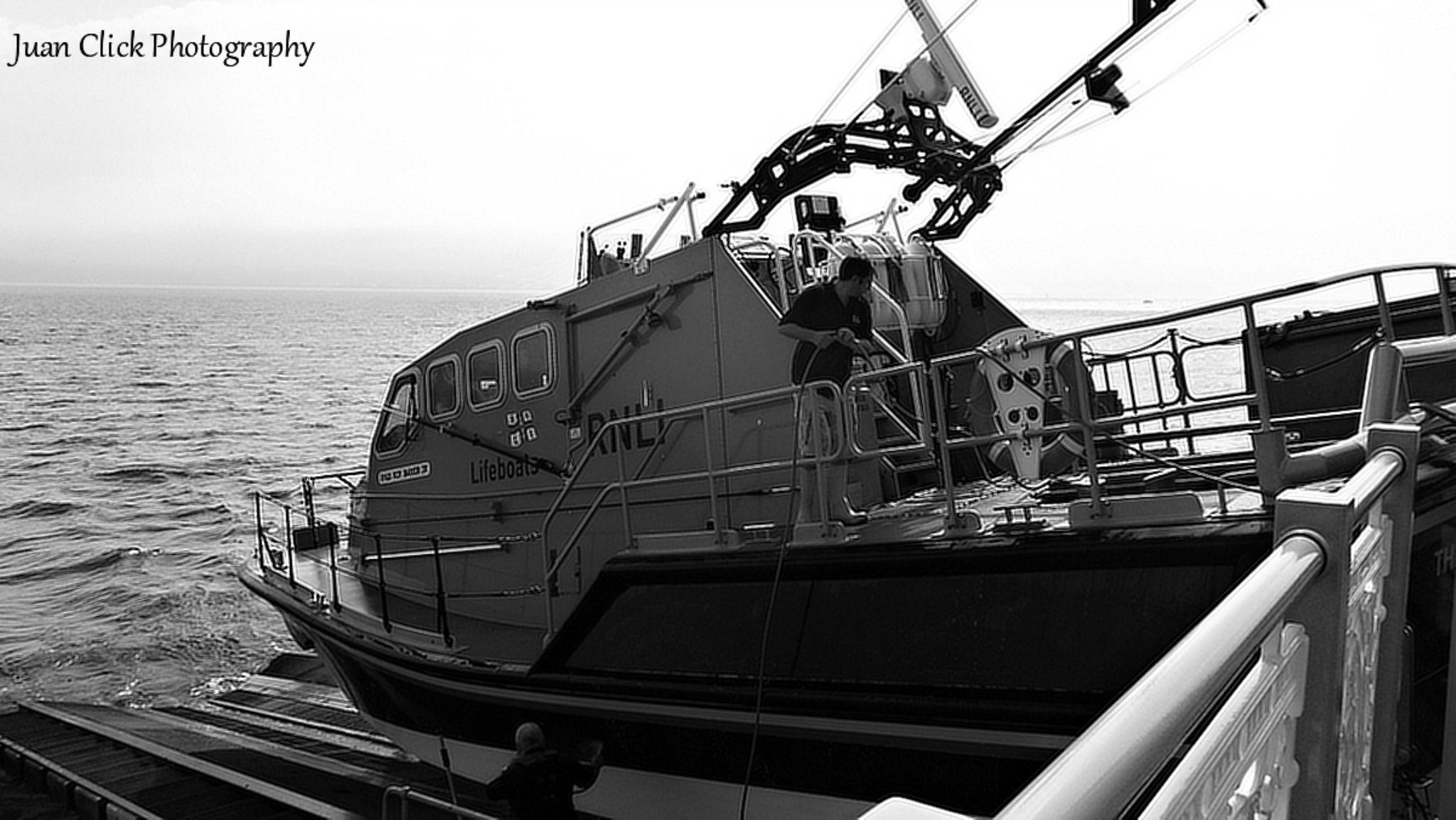 Life Boat by Tommyrocket1