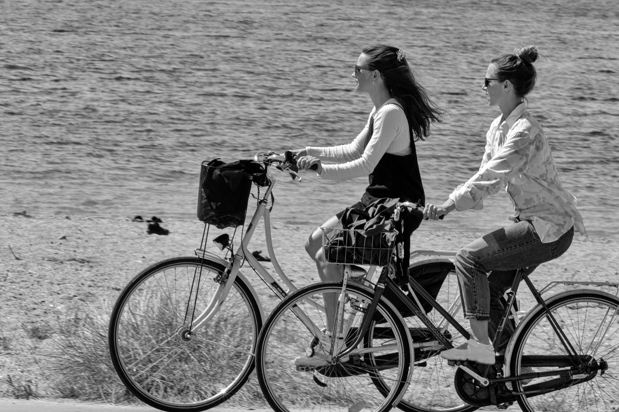 Bicycle girls by rvmFOTO