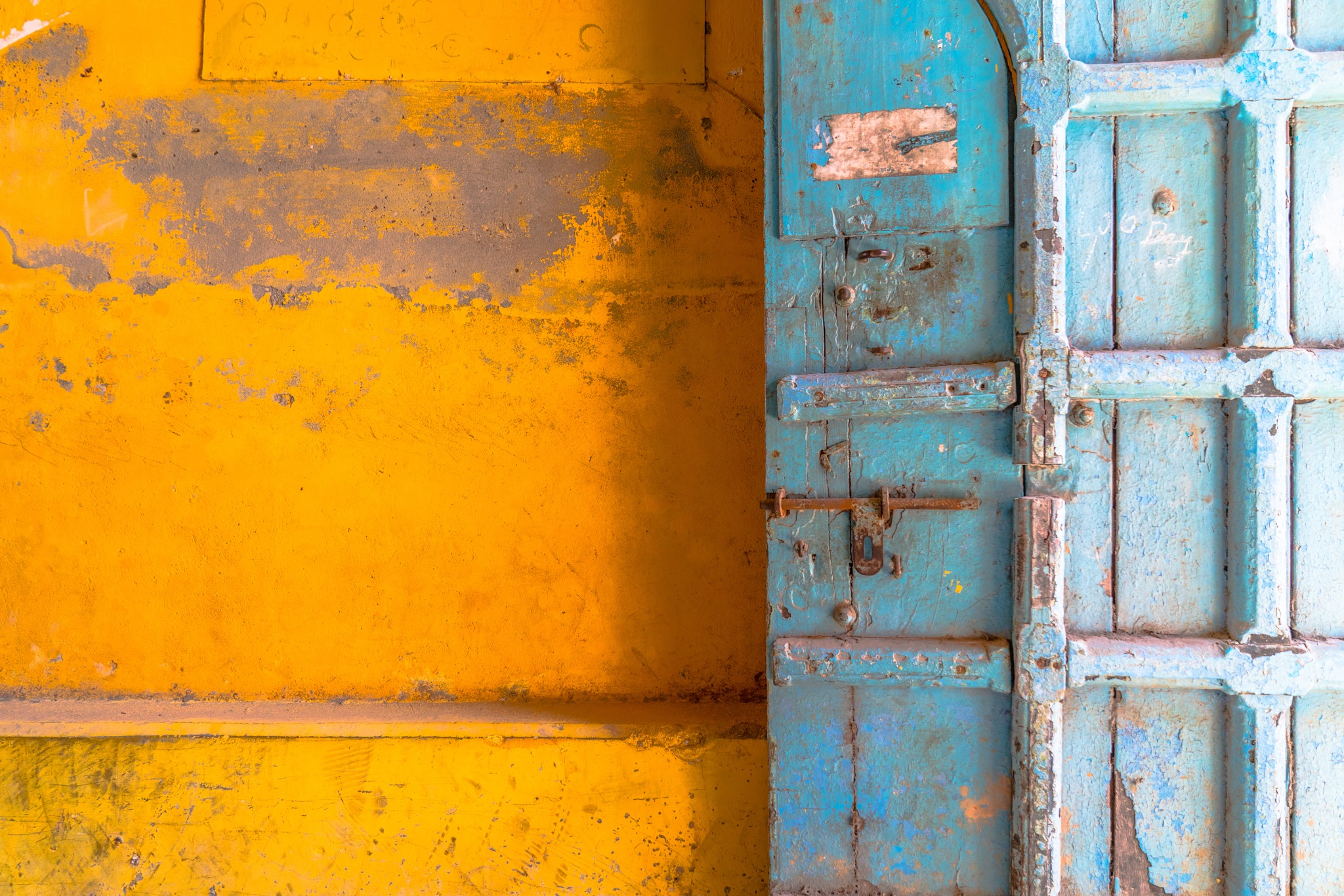 Abstract in yellow and blue by BernArt Photography