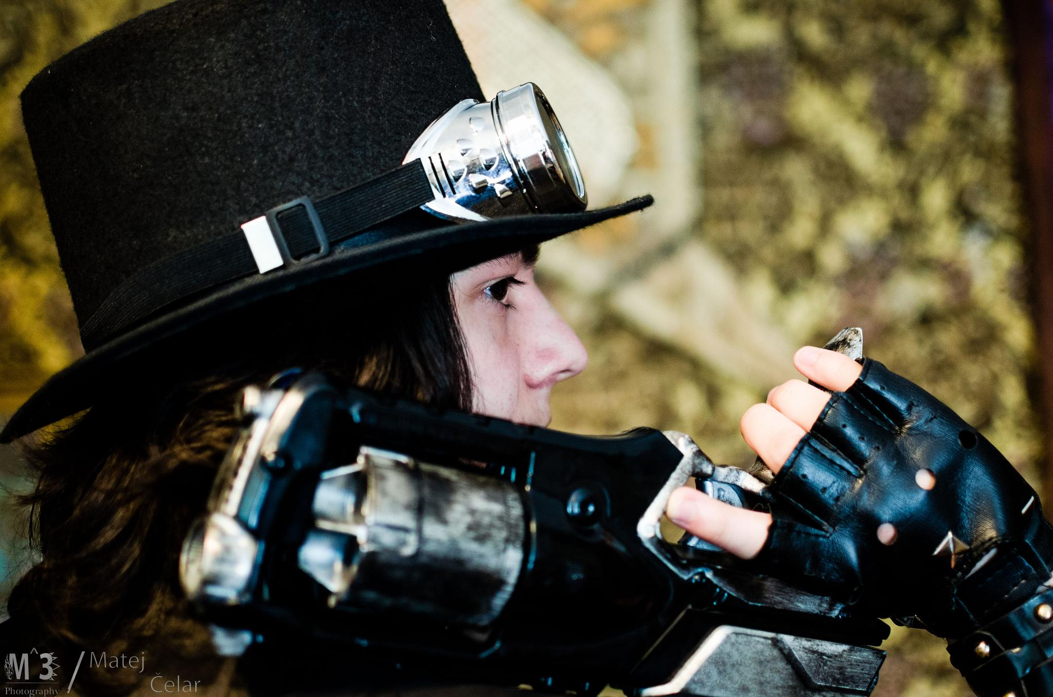 Steampunk Vampire Hunter - Cosplay Shoot by M^3 Photography