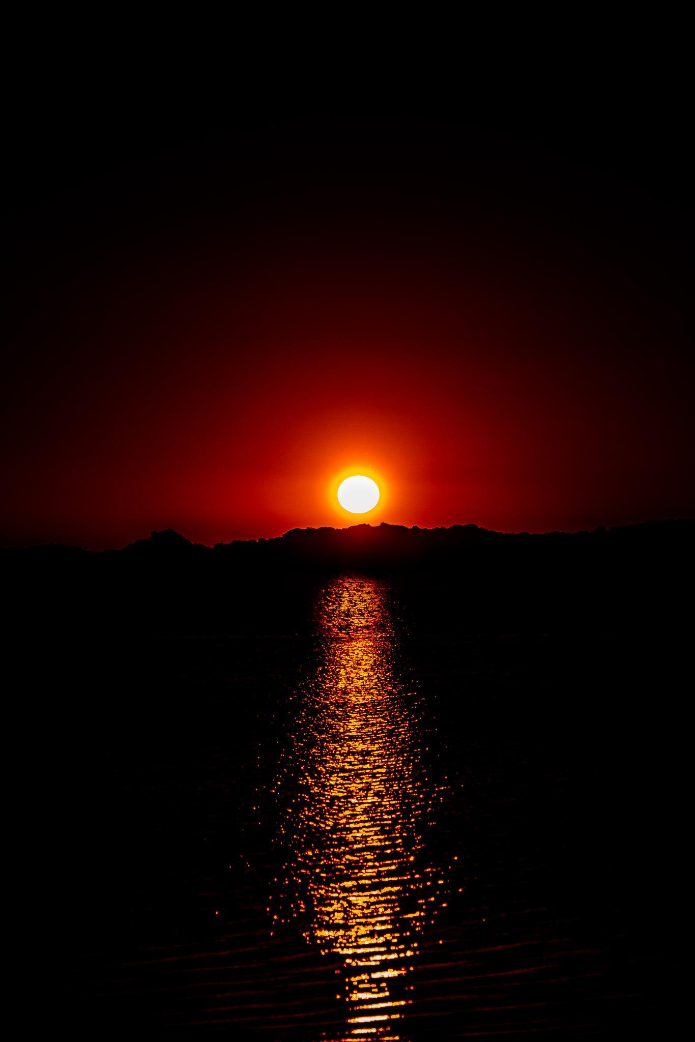Sunset over the estuary. by shaun.servas
