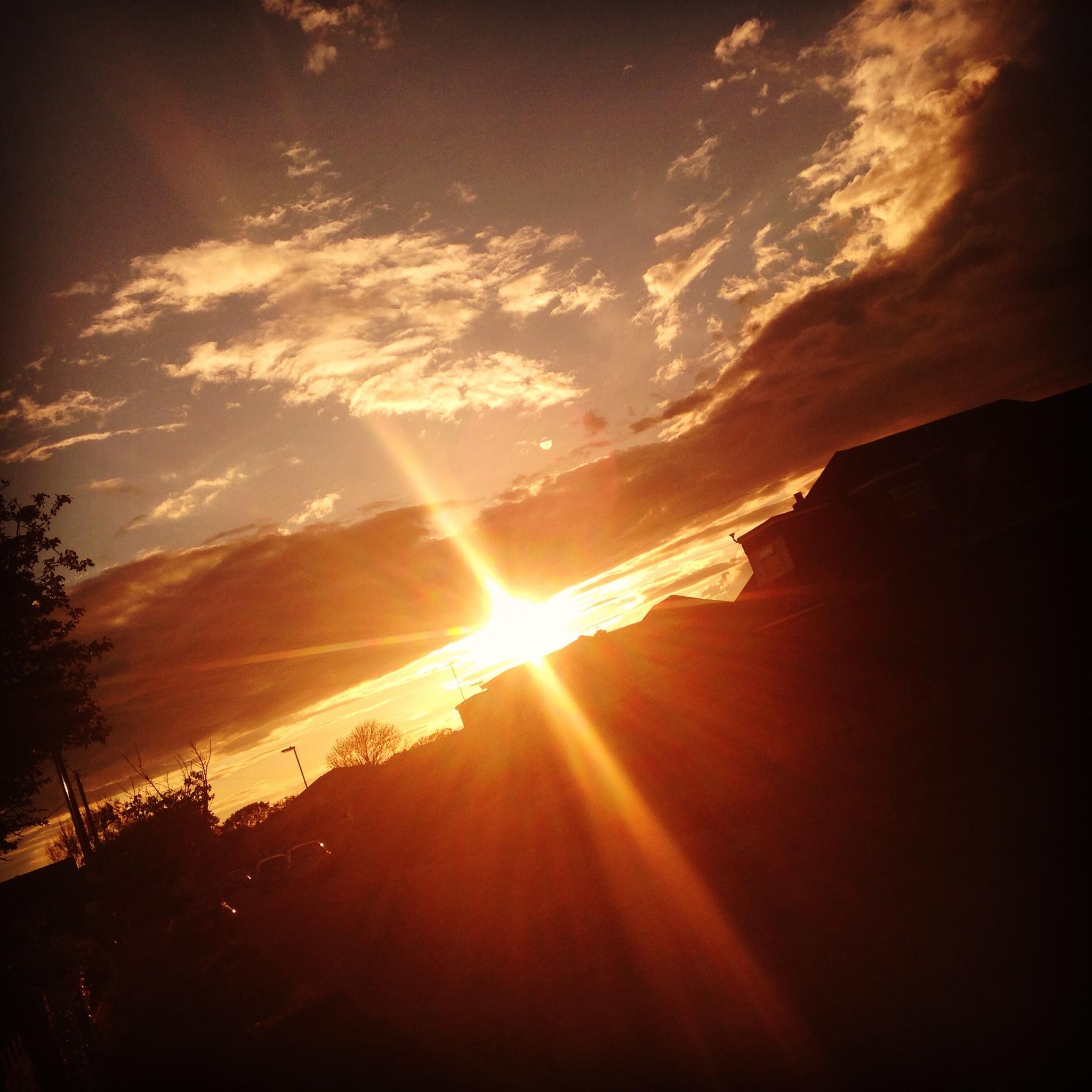 Photo in Random #iphone #sunset #angle #light #skyscape