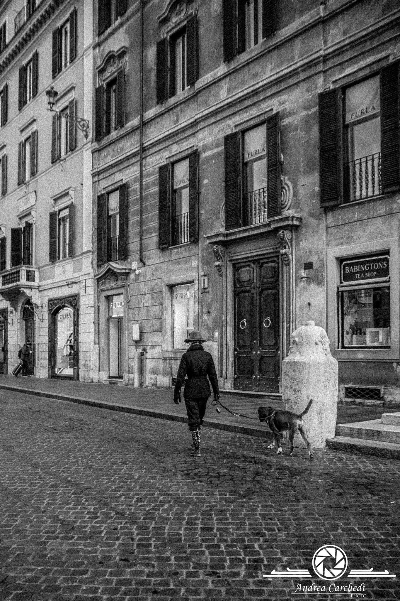 Passeggiata per le Strade di Roma by Andrea Carchedi