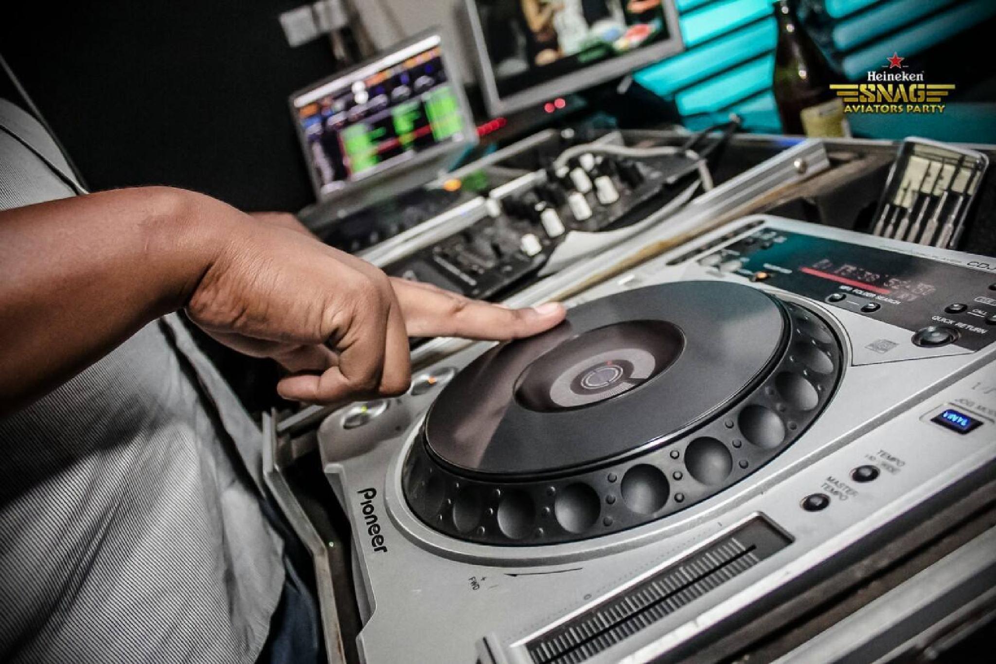 DJ STRETCH ON THE DECKS by eugene.kaiga