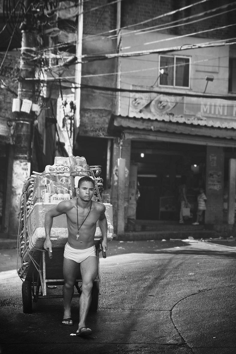per le strade delle Favelas by Ascione Rosario