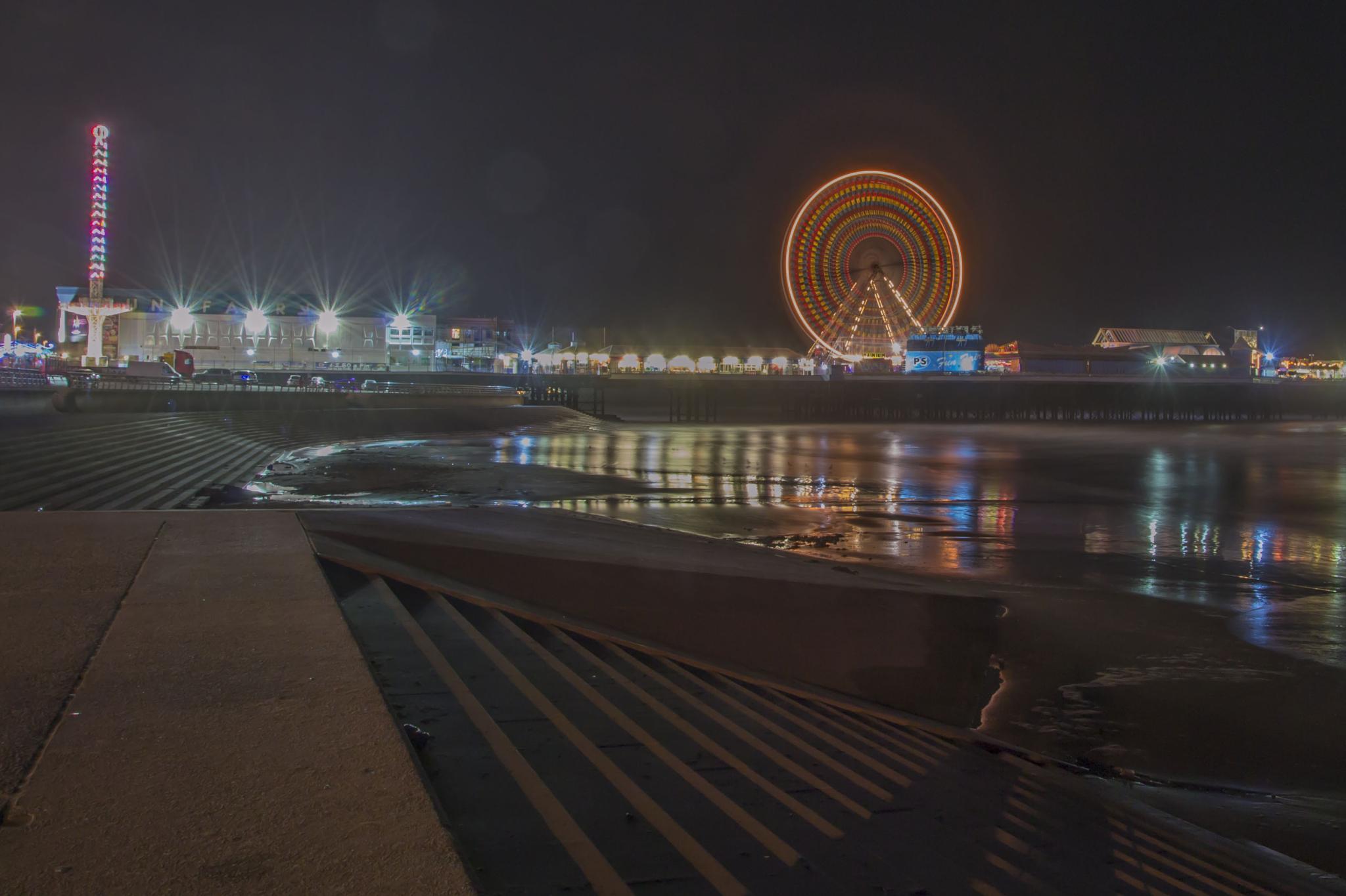 North Pier @ Blackpool by Paul Ruddock