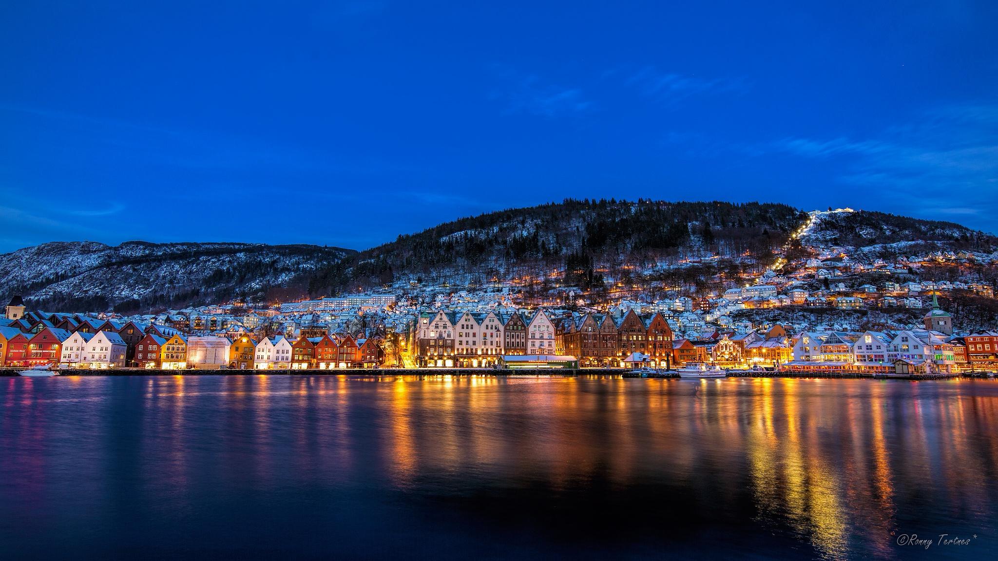 Bergen, Norway by Ronny Tertnes