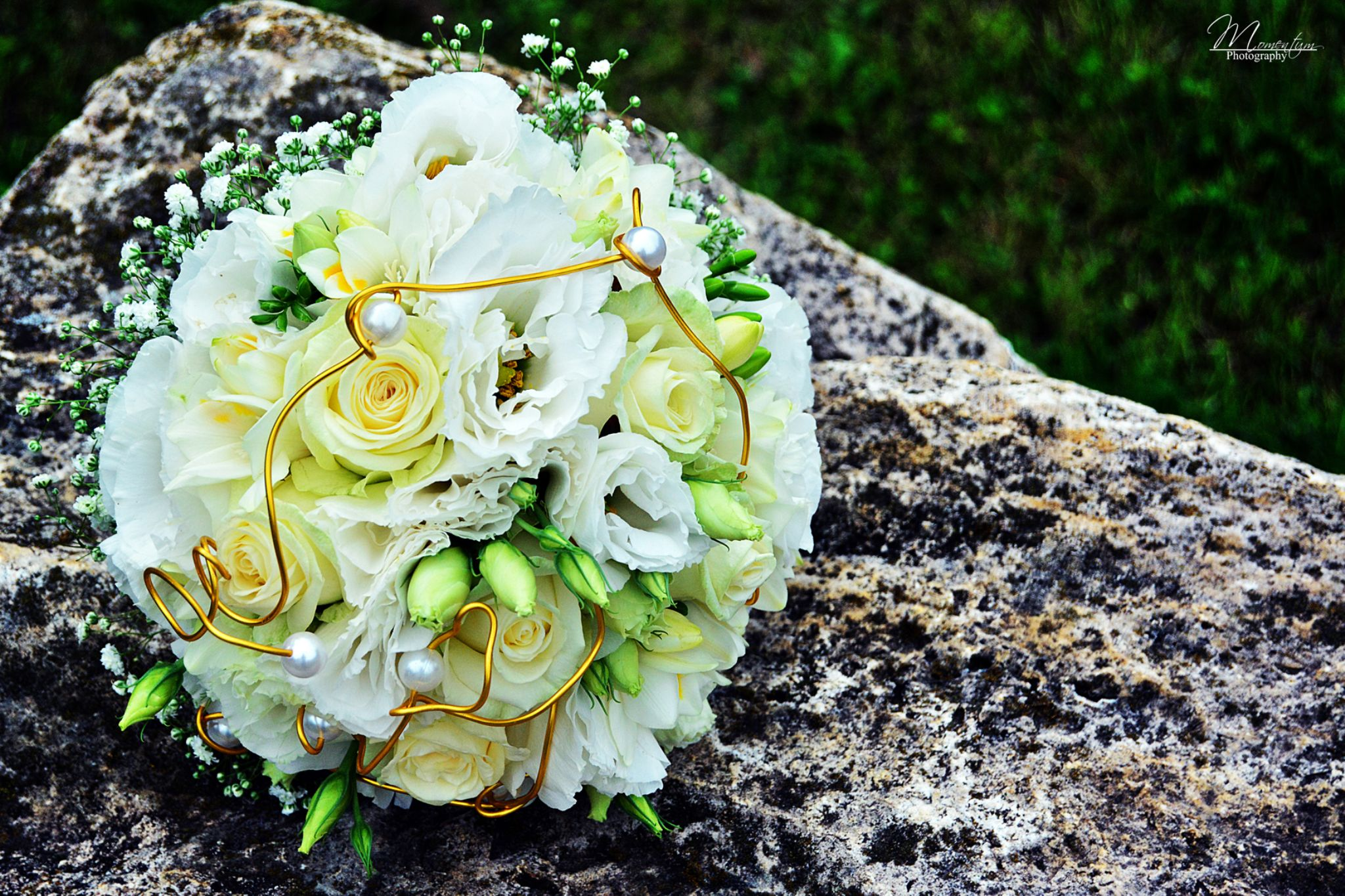 Wedding bouquet by Momentum Photography