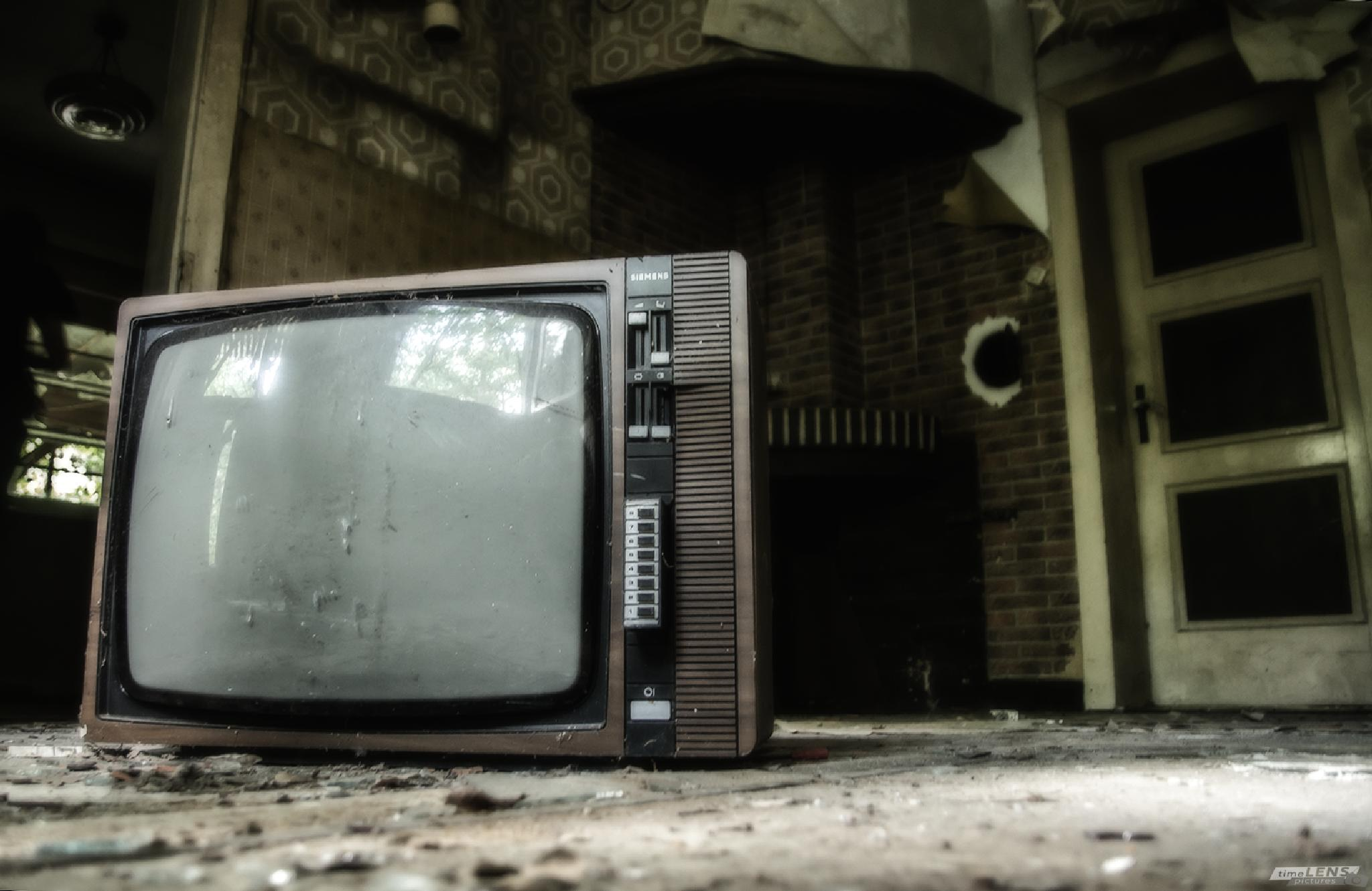 Free TV by timeLENSpictures