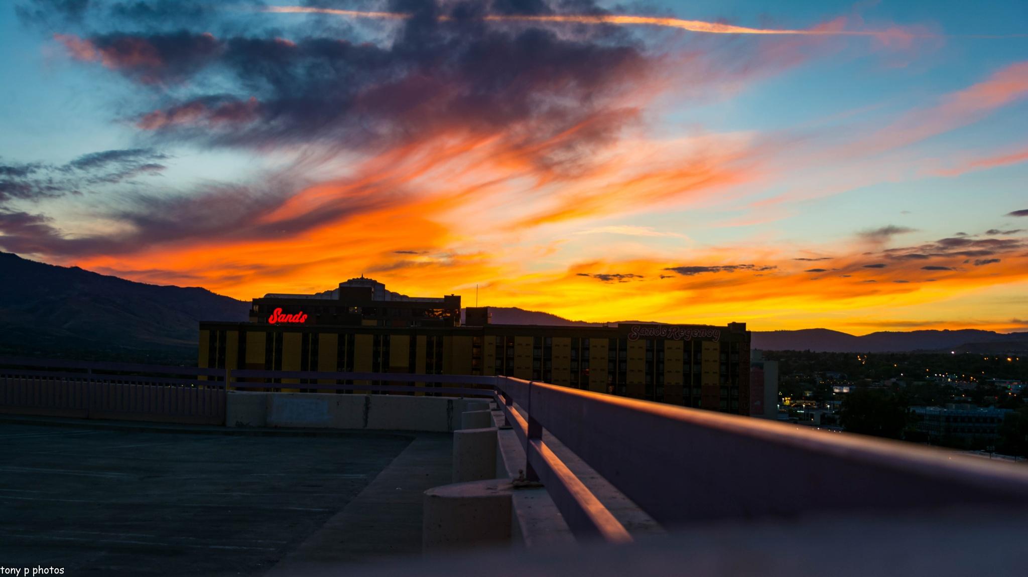 Sunset over the Sands by klarkaston