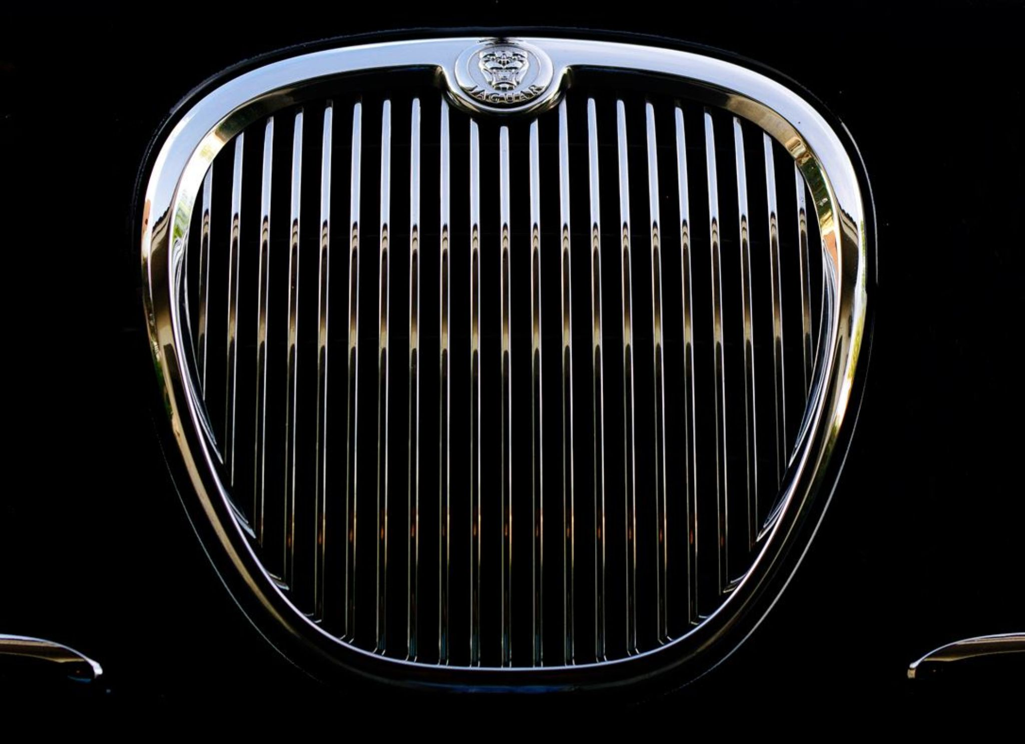 Jaguar S type Grill  by CFprophoto